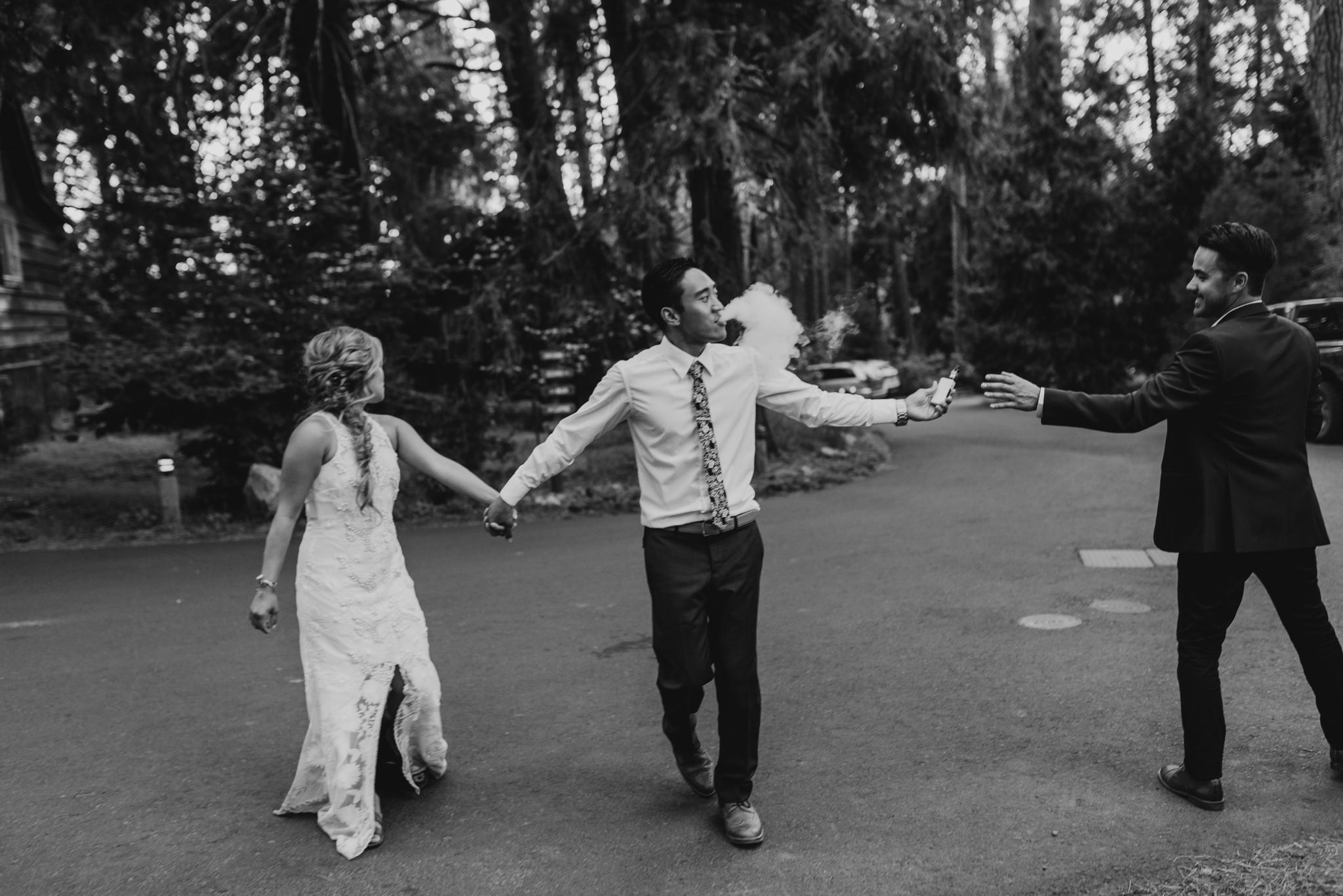 © Isaiah + Taylor Photography - Evergreen Lodge Destination Yoesmite Wedding - Los Angeles Wedding Photographer-209.jpg