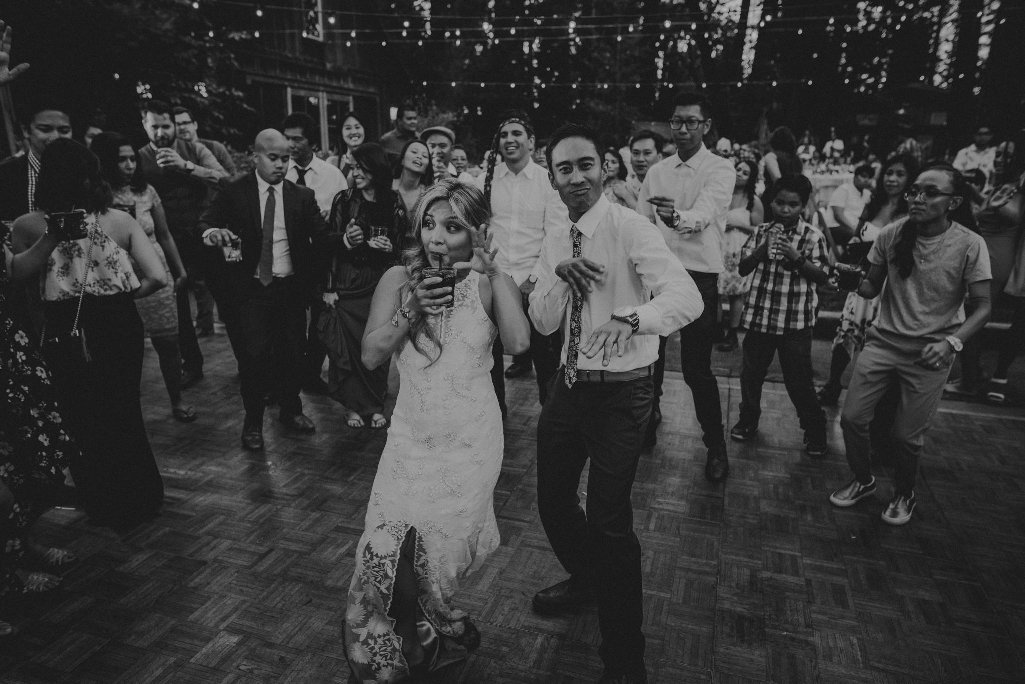 © Isaiah + Taylor Photography - Evergreen Lodge Destination Yoesmite Wedding - Los Angeles Wedding Photographer-233.jpg