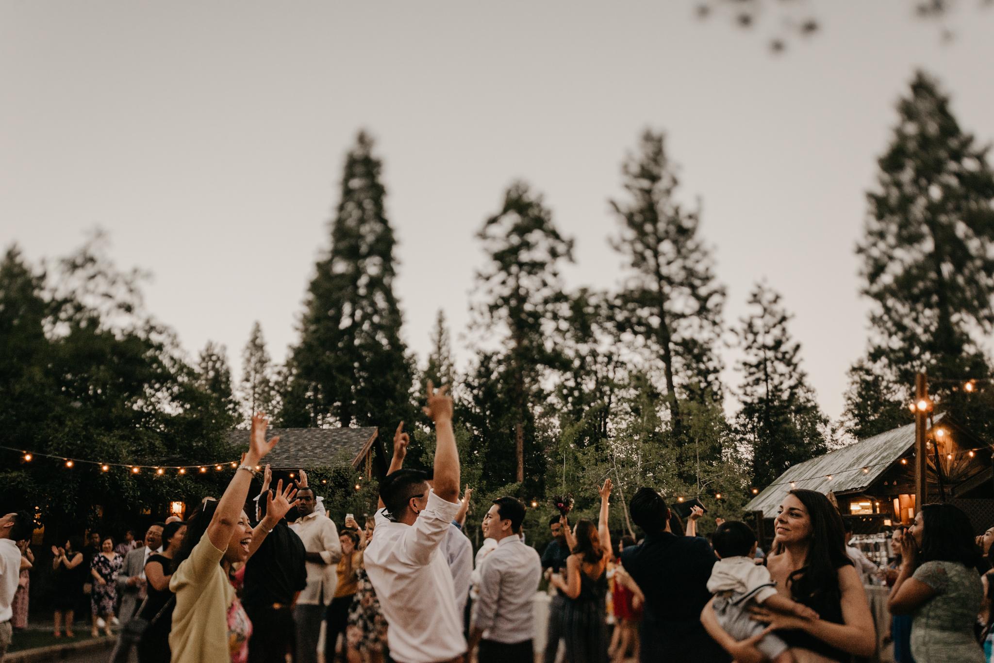 © Isaiah + Taylor Photography - Evergreen Lodge Destination Yoesmite Wedding - Los Angeles Wedding Photographer-234.jpg