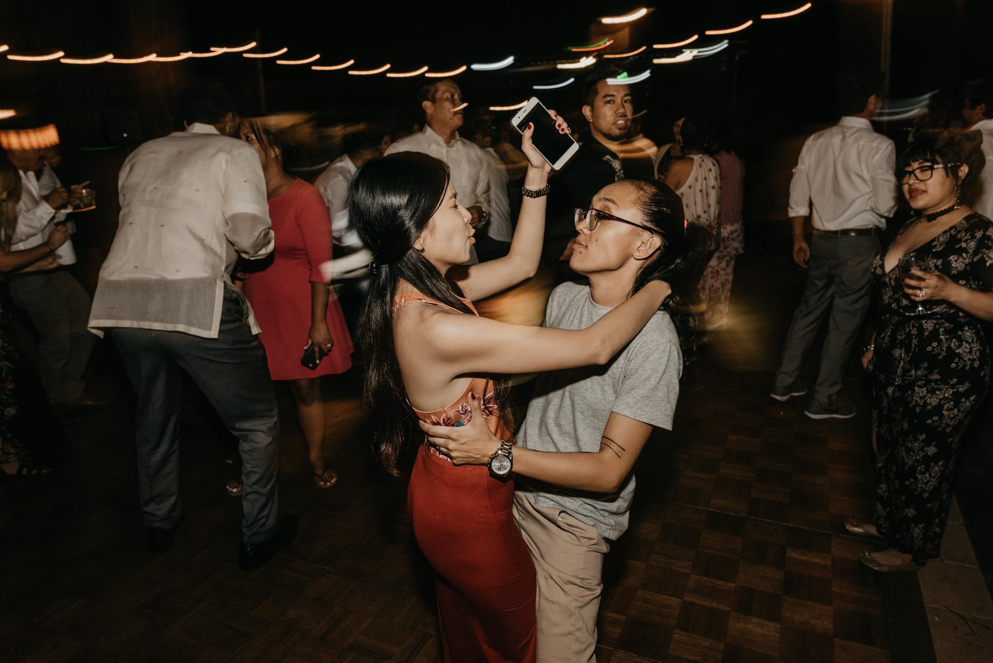 © Isaiah + Taylor Photography - Evergreen Lodge Destination Yoesmite Wedding - Los Angeles Wedding Photographer-245.jpg
