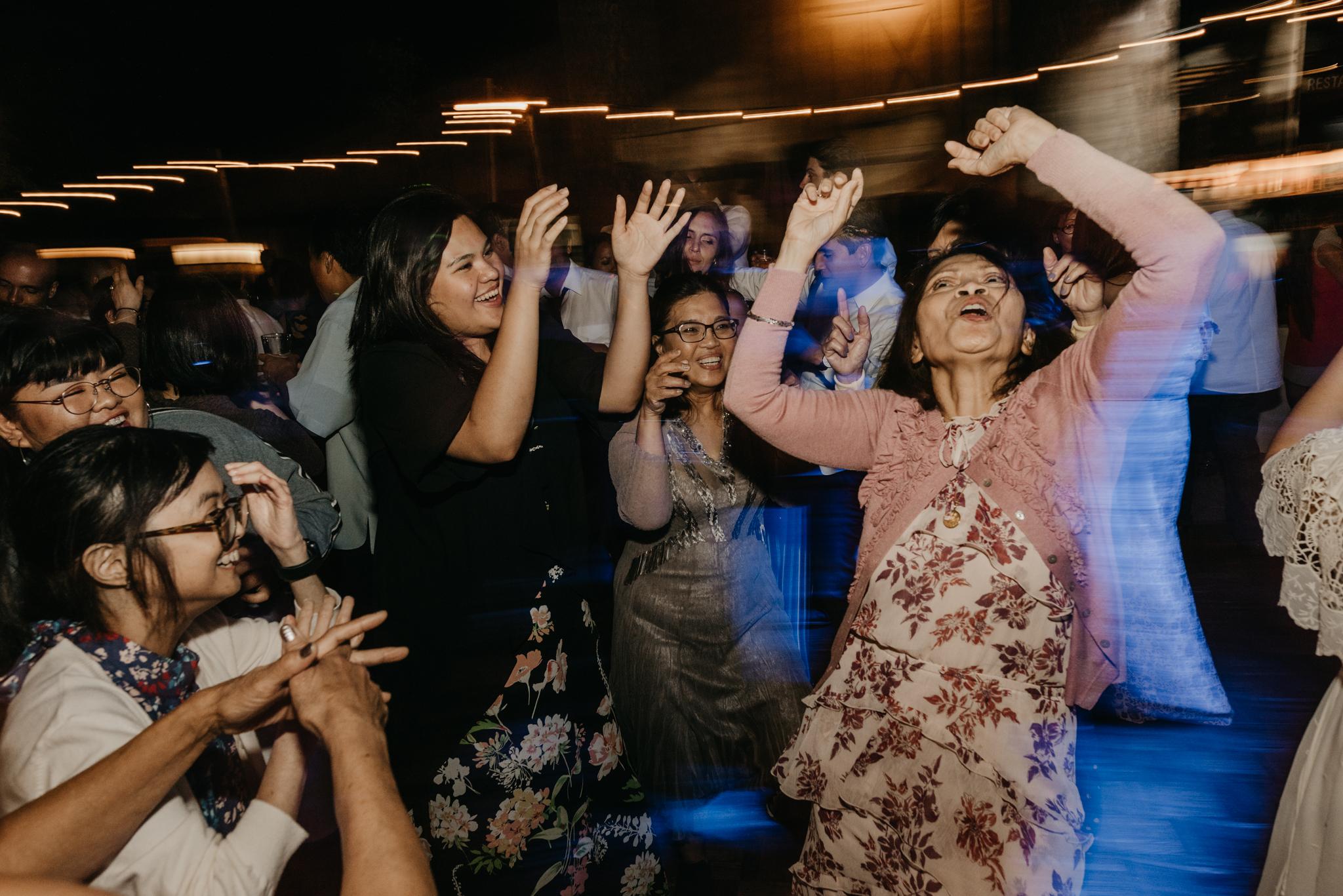 © Isaiah + Taylor Photography - Evergreen Lodge Destination Yoesmite Wedding - Los Angeles Wedding Photographer-246.jpg