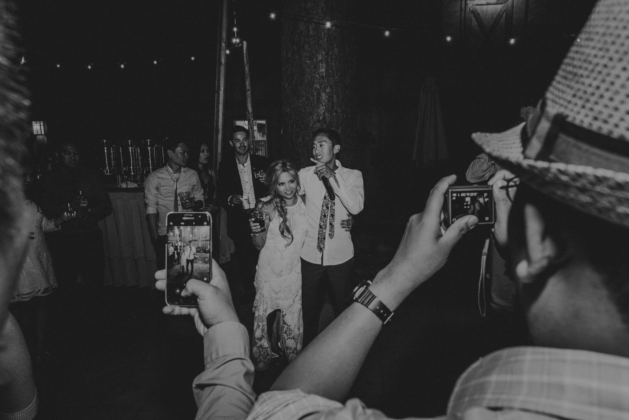 © Isaiah + Taylor Photography - Evergreen Lodge Destination Yoesmite Wedding - Los Angeles Wedding Photographer-257.jpg