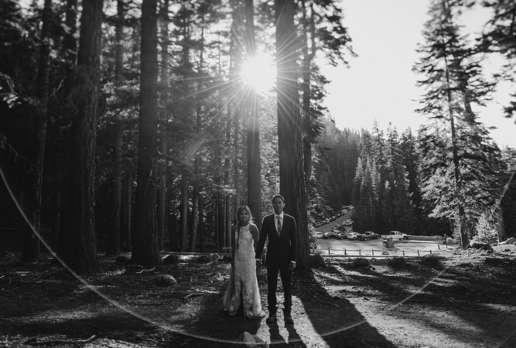 © Isaiah + Taylor Photography - Yosemite Nationanl Park Elopement Photographer - Evergreen Lodge Wedding-004.jpg
