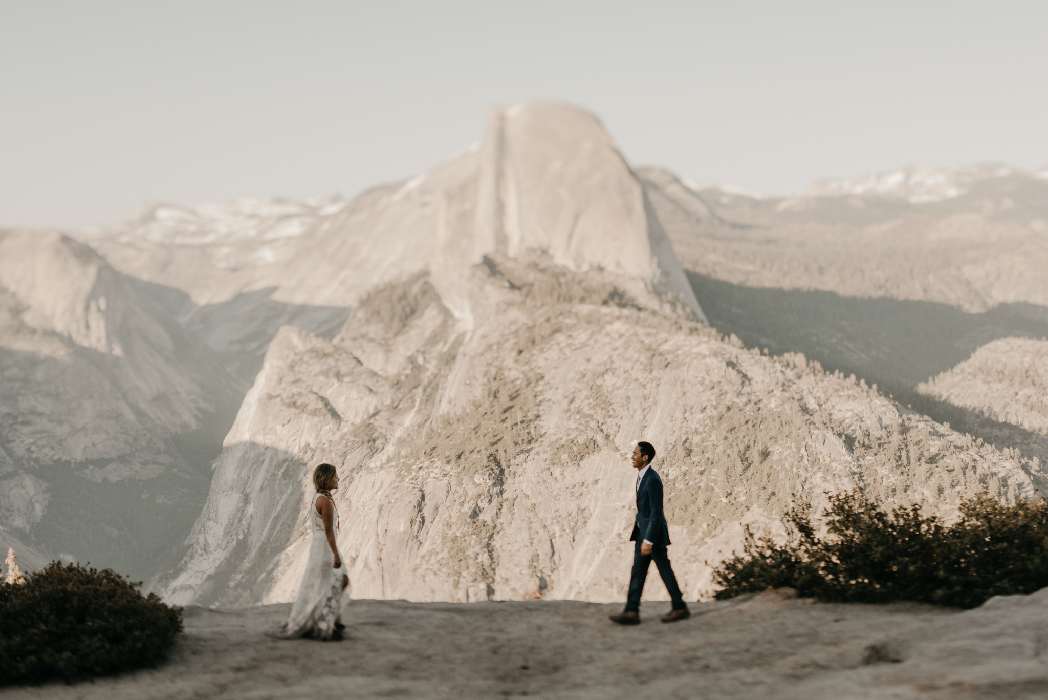 © Isaiah + Taylor Photography - Yosemite Nationanl Park Elopement Photographer - Evergreen Lodge Wedding-015.jpg