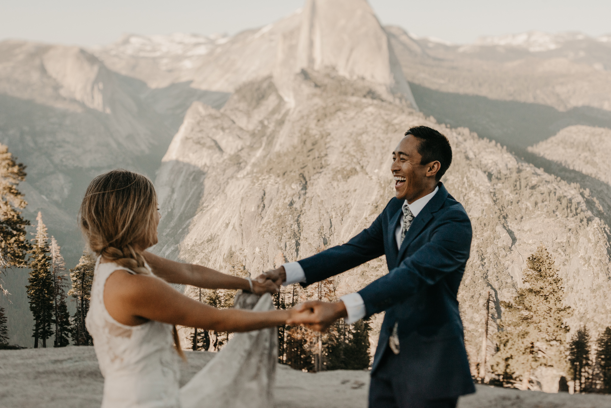 © Isaiah + Taylor Photography - Yosemite Nationanl Park Elopement Photographer - Evergreen Lodge Wedding-019.jpg