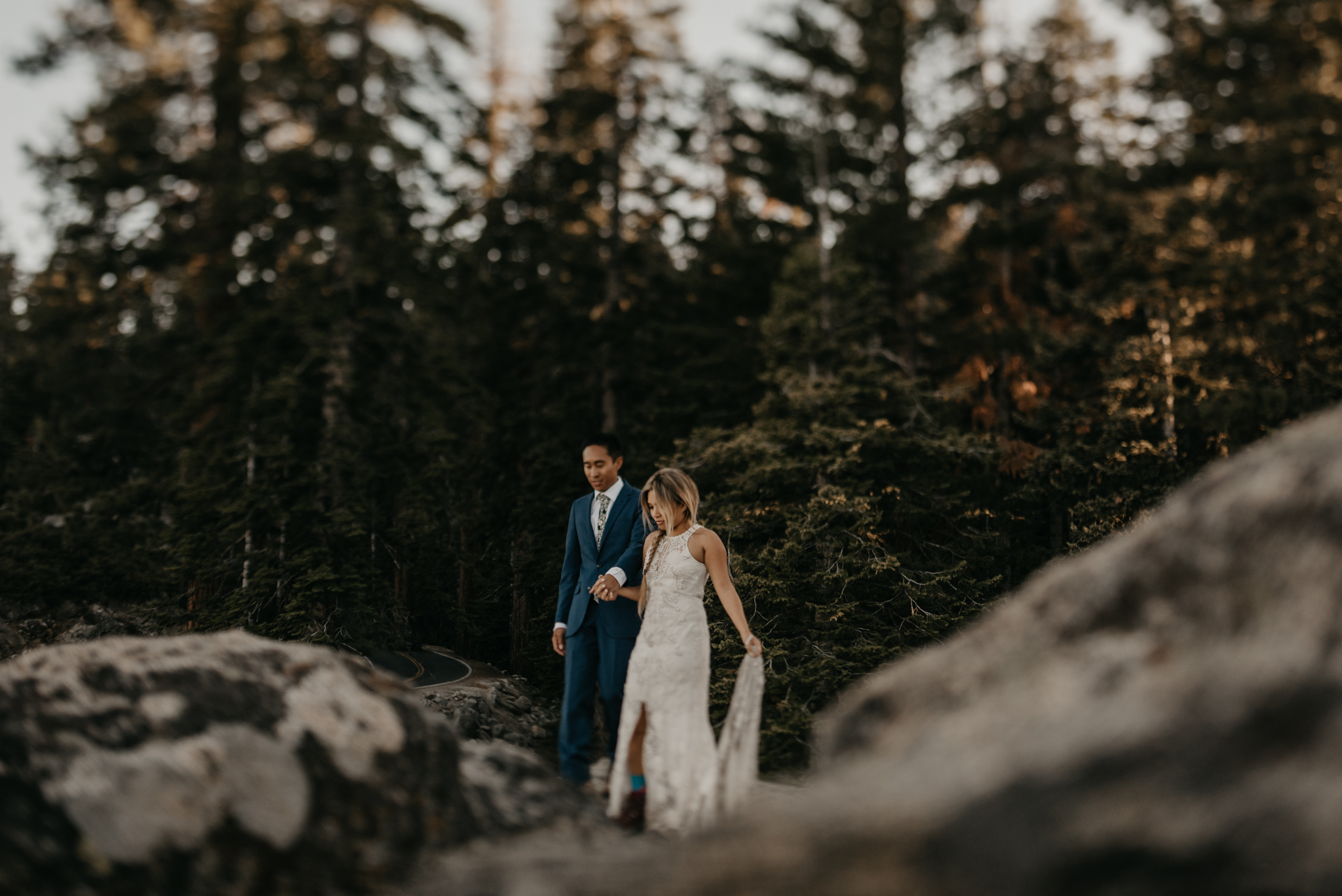 © Isaiah + Taylor Photography - Yosemite Nationanl Park Elopement Photographer - Evergreen Lodge Wedding-036.jpg