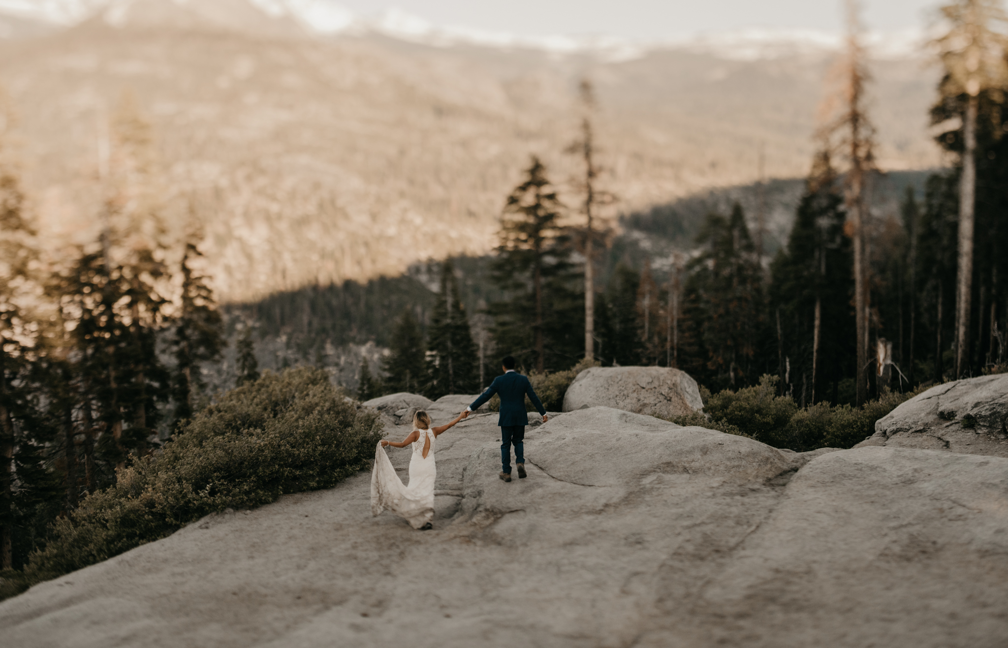 © Isaiah + Taylor Photography - Yosemite Nationanl Park Elopement Photographer - Evergreen Lodge Wedding-038.jpg