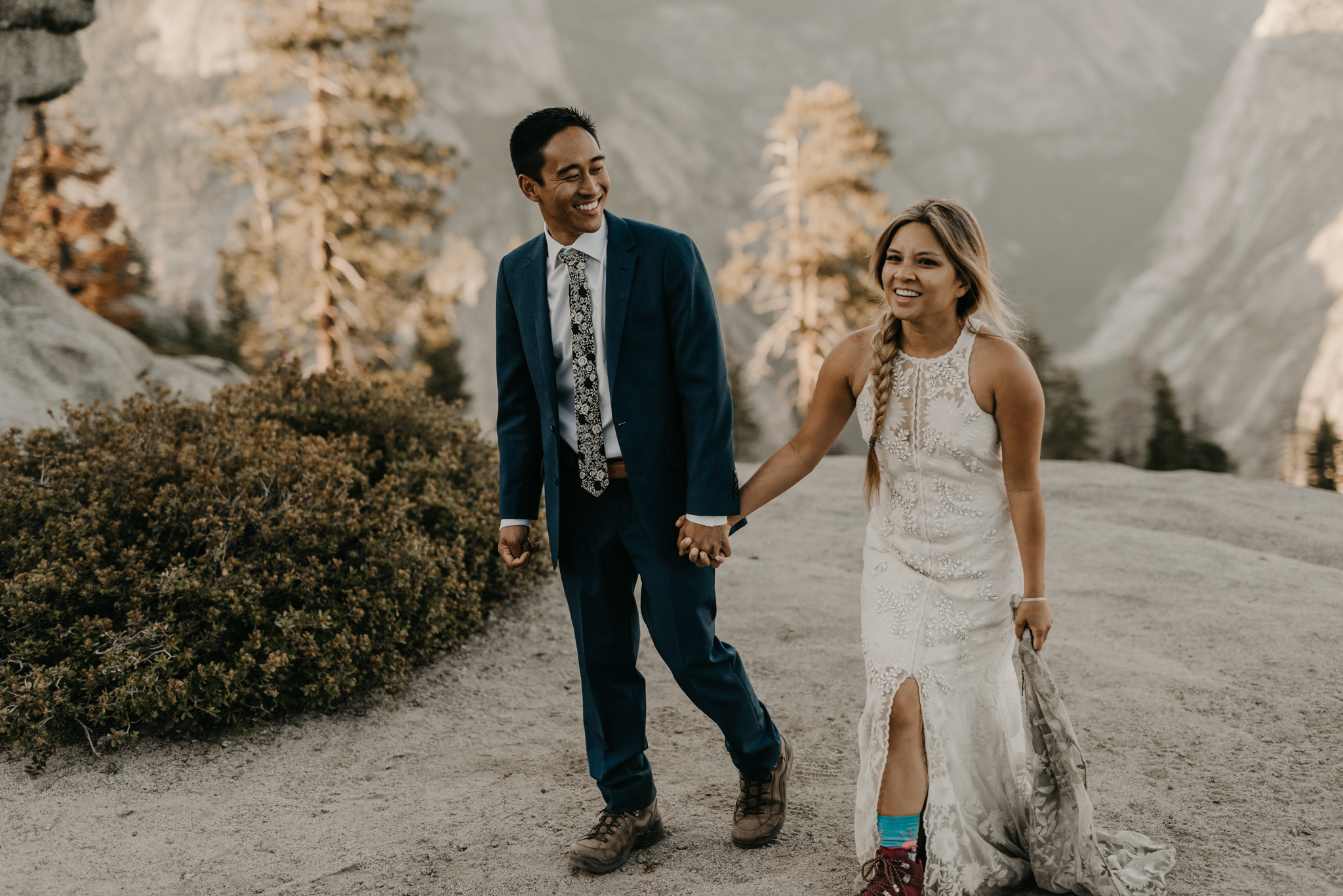 © Isaiah + Taylor Photography - Yosemite Nationanl Park Elopement Photographer - Evergreen Lodge Wedding-045.jpg