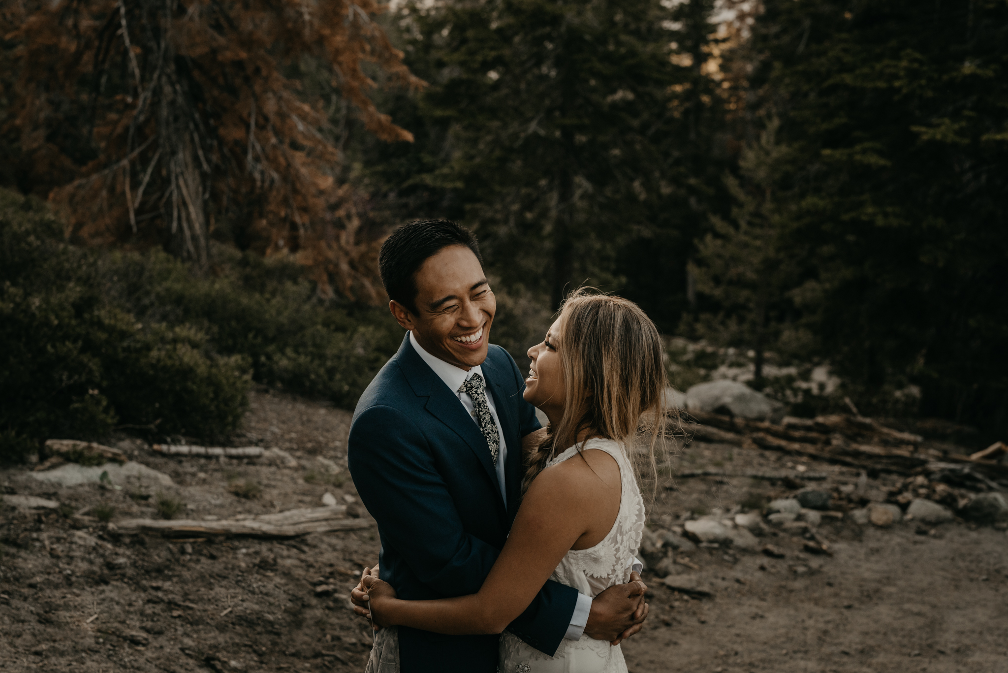 © Isaiah + Taylor Photography - Yosemite Nationanl Park Elopement Photographer - Evergreen Lodge Wedding-055.jpg