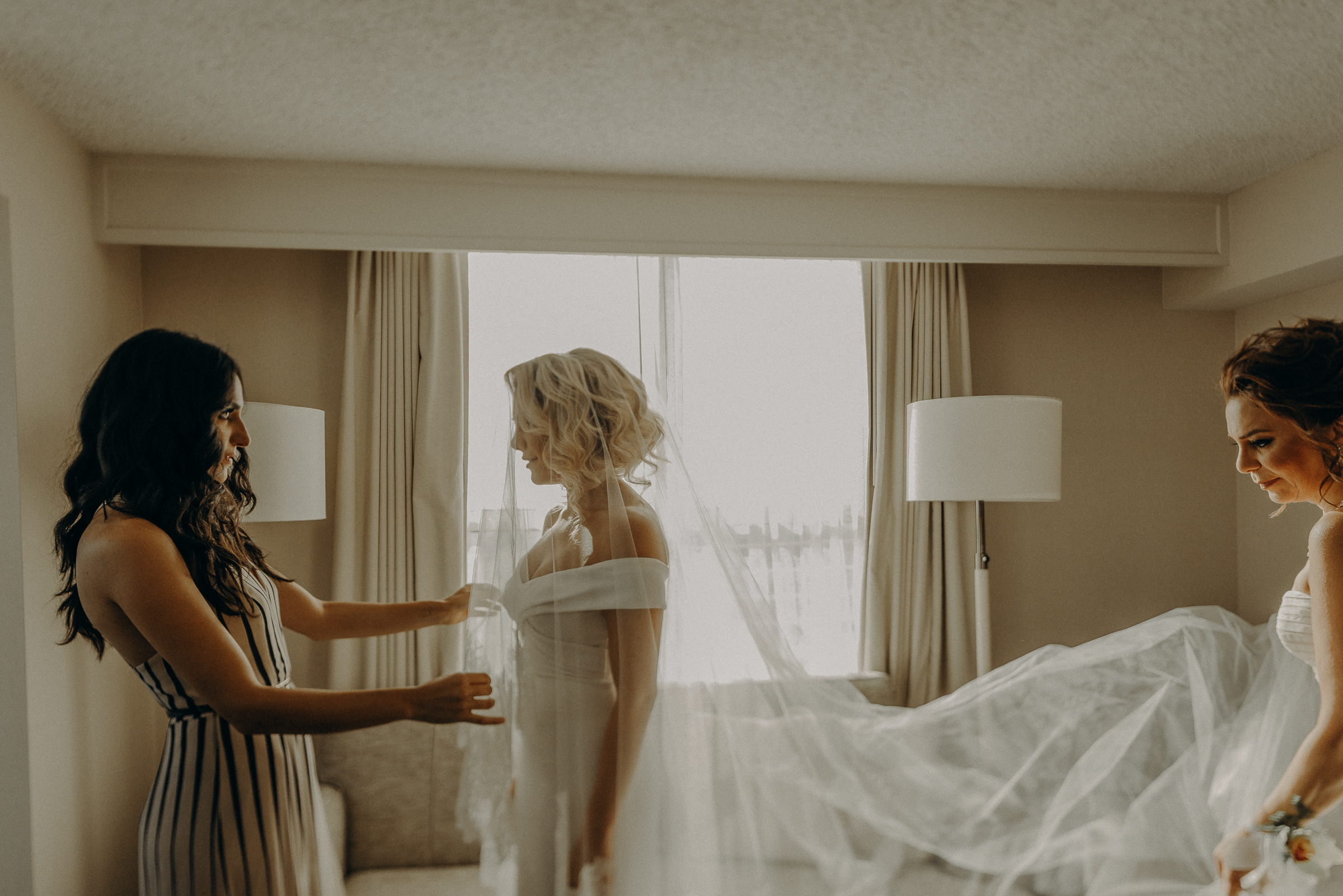 Isaiah + Taylor Photography - Los Angeles Wedding Photographer-008.jpg