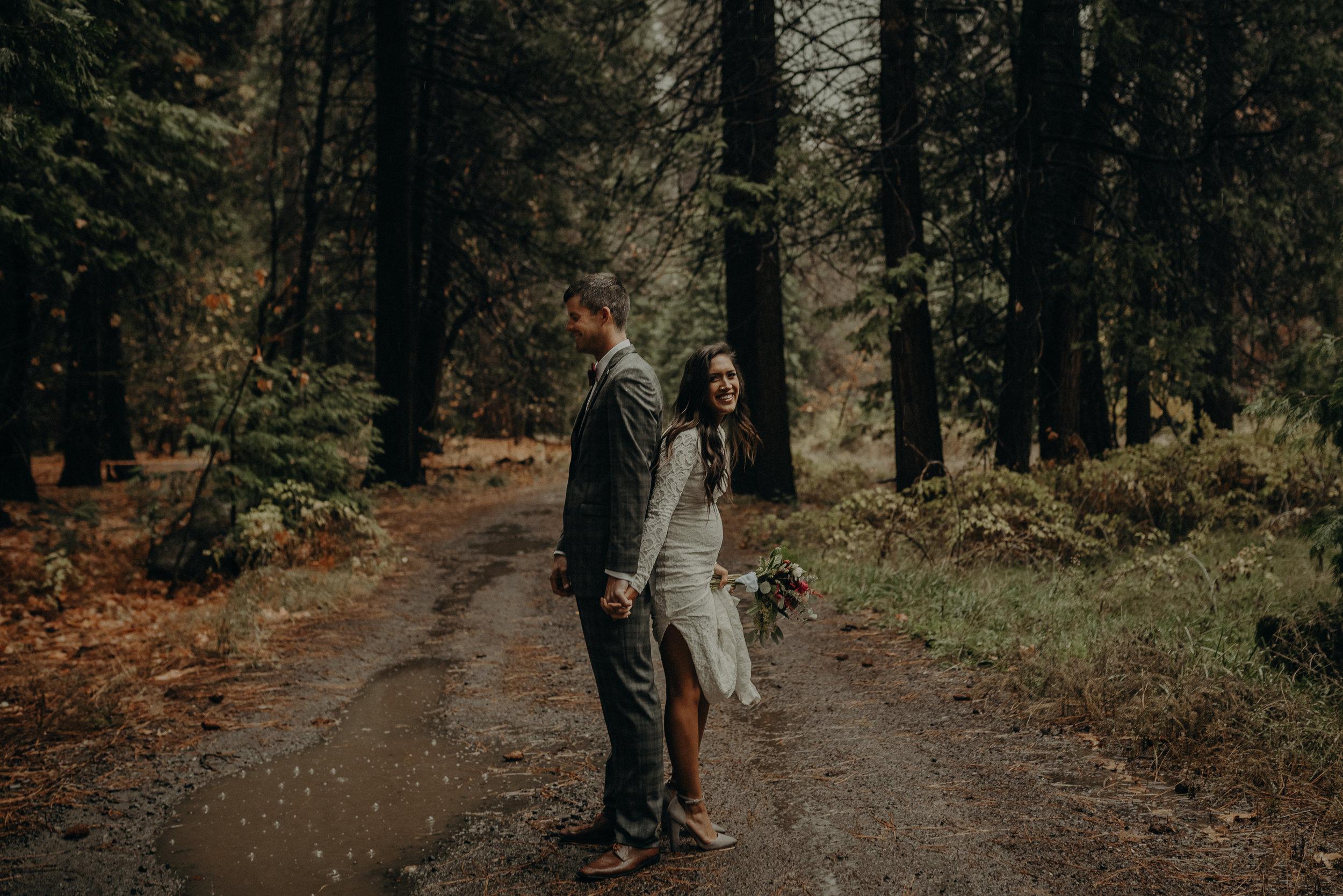 Isaiah + Taylor Photography - Yosemite Elopement - Los Angeles Wedding Photographer-11.jpg