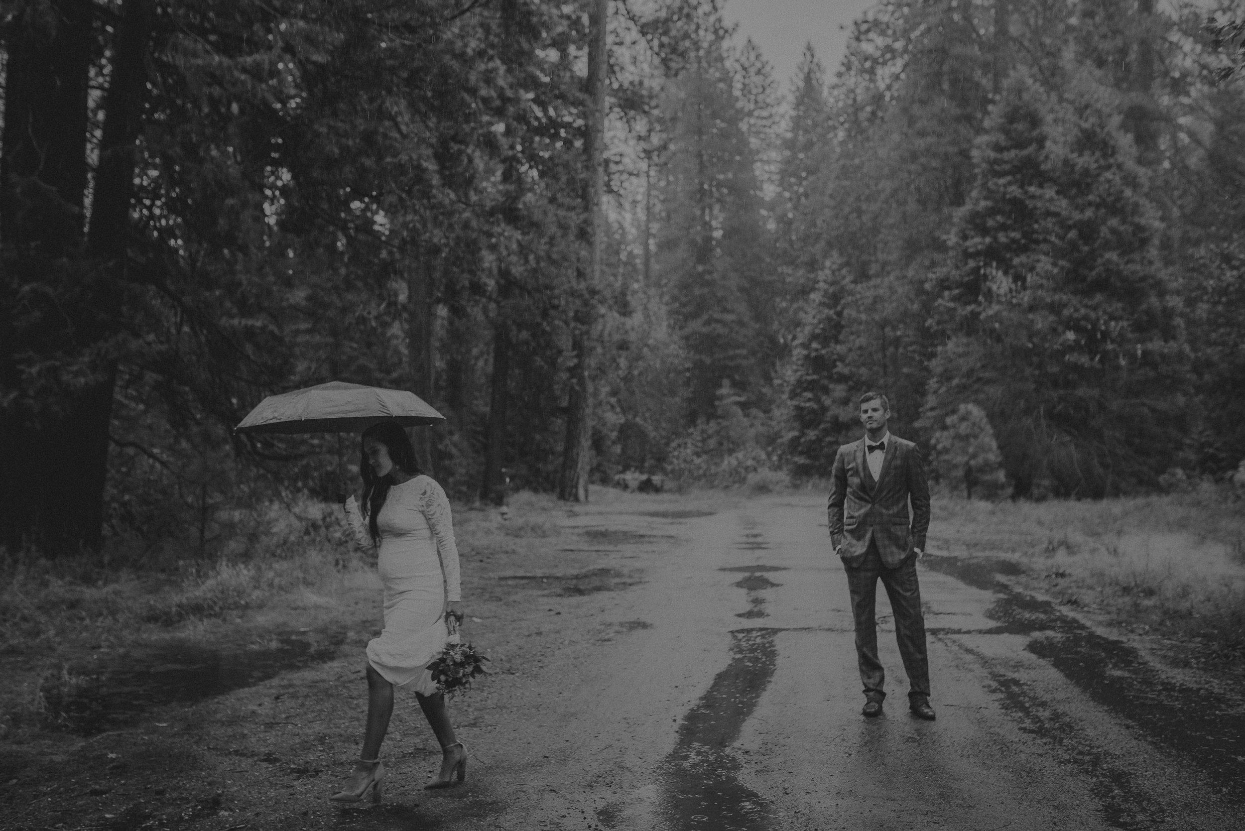 Isaiah + Taylor Photography - Yosemite Elopement - Los Angeles Wedding Photographer-22.jpg