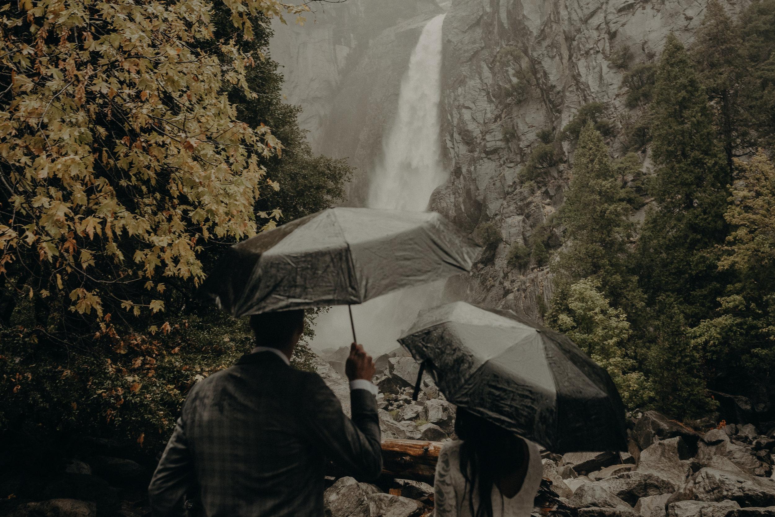 Isaiah + Taylor Photography - Yosemite Elopement - Los Angeles Wedding Photographer-27.jpg