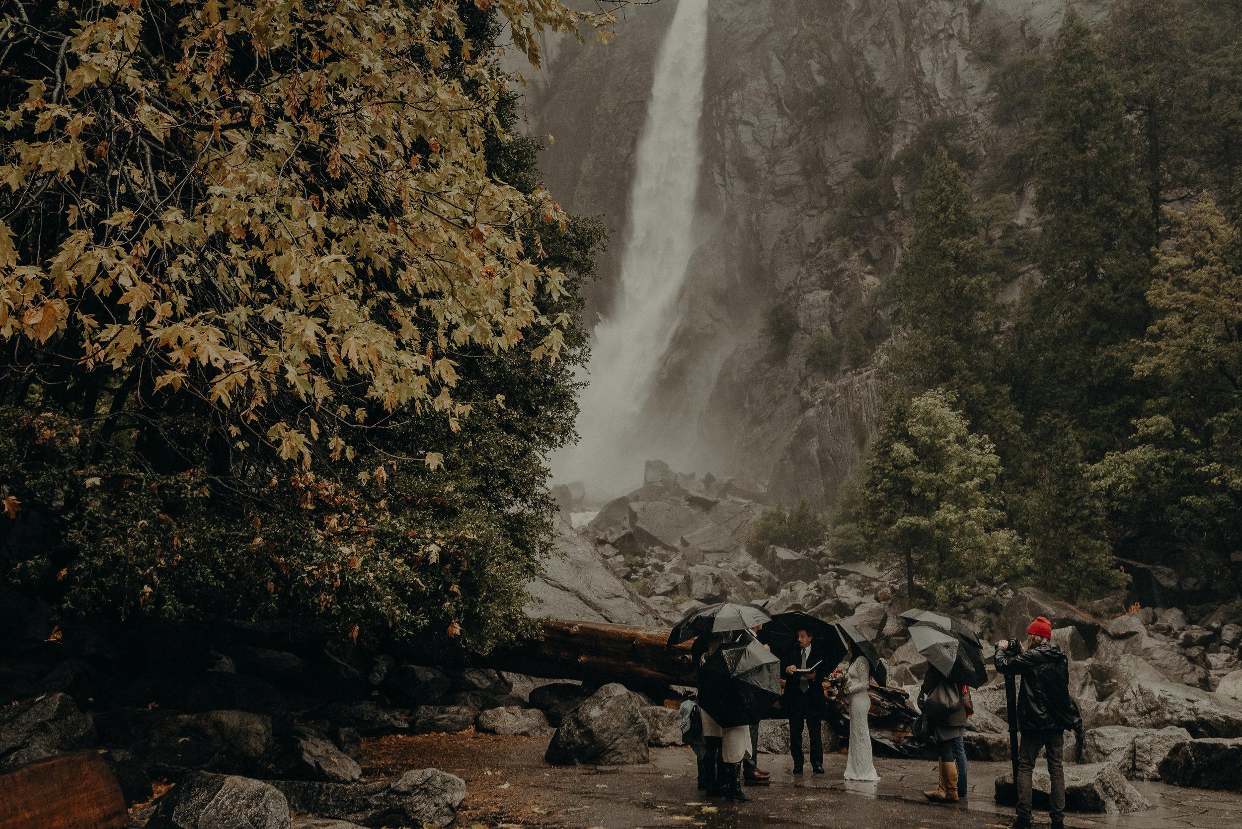Isaiah + Taylor Photography - Yosemite Elopement - Los Angeles Wedding Photographer-33.jpg