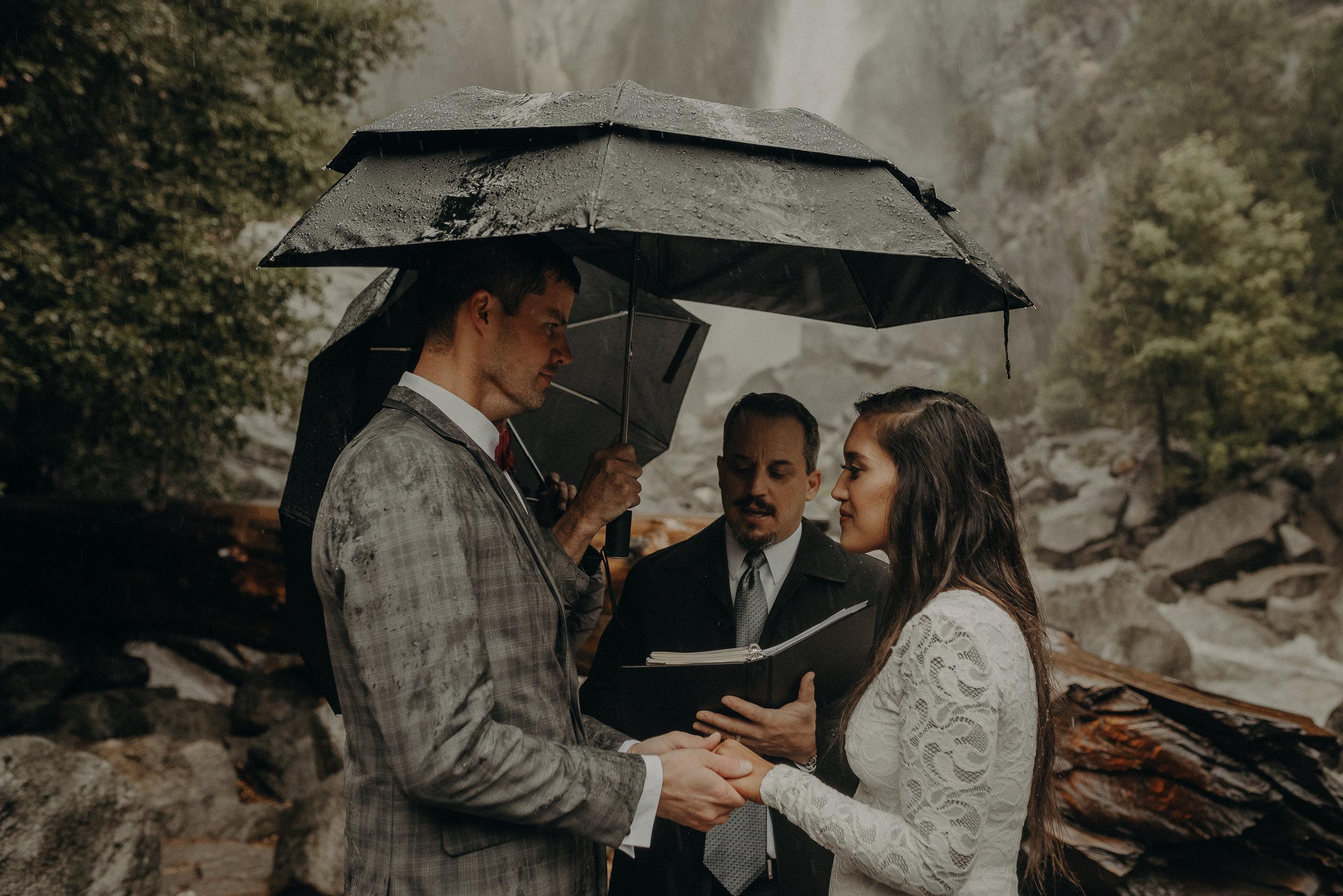 Isaiah + Taylor Photography - Yosemite Elopement - Los Angeles Wedding Photographer-35.jpg
