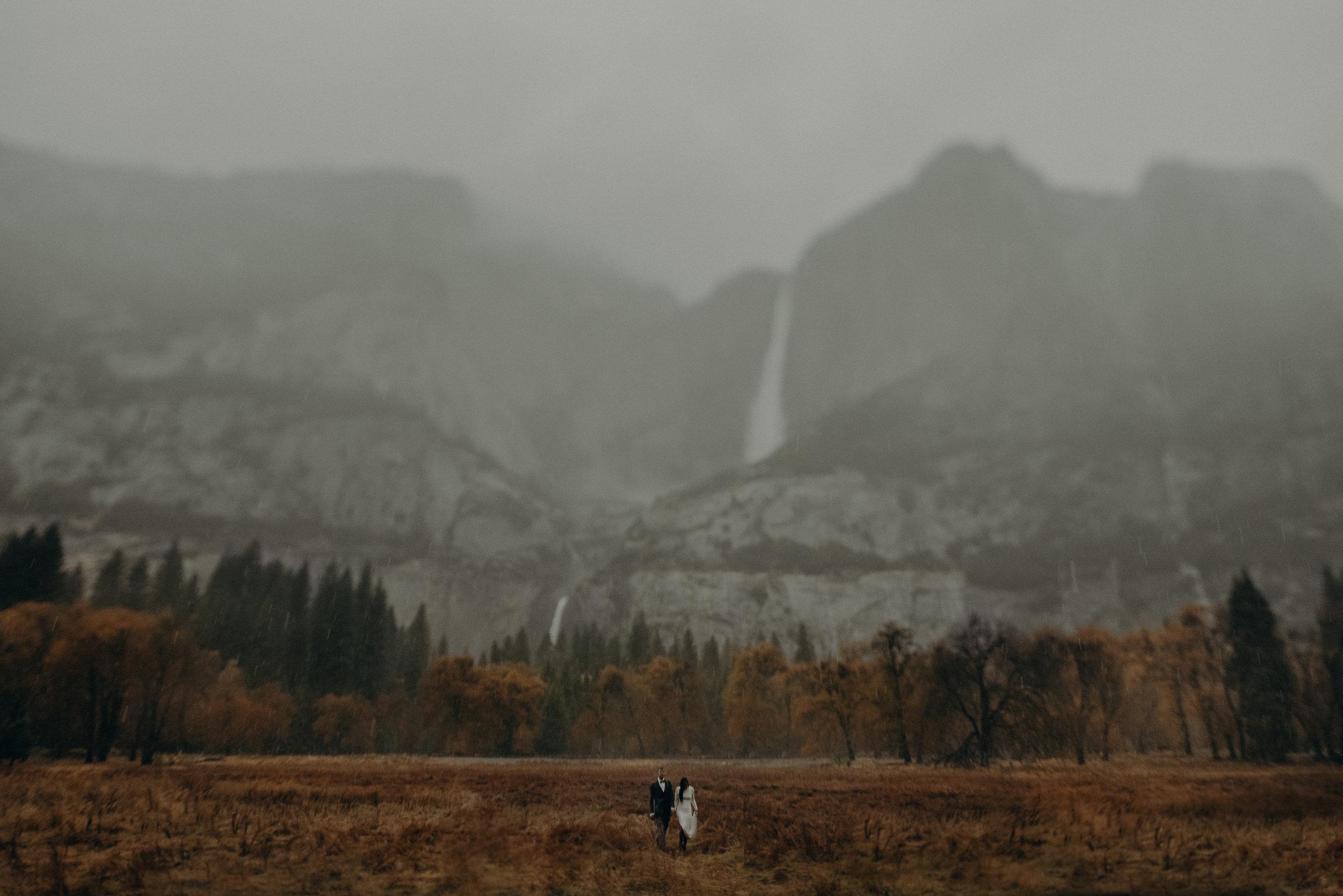 Isaiah + Taylor Photography - Yosemite Elopement - Los Angeles Wedding Photographer-52.jpg