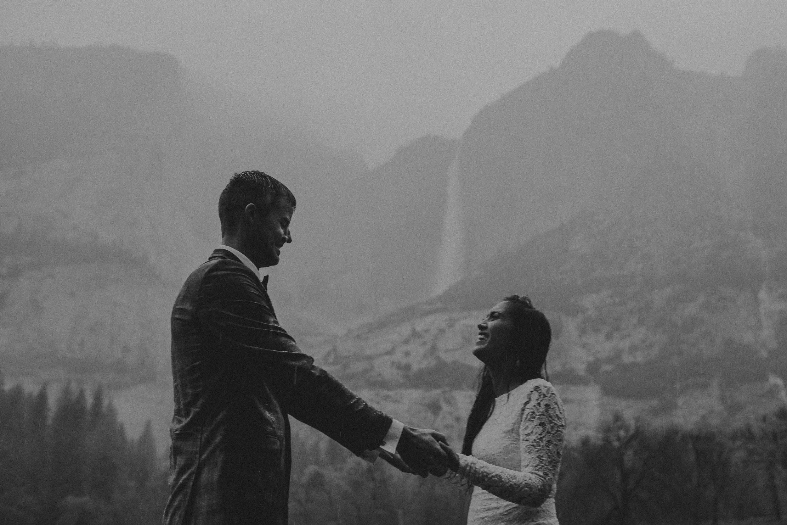 Isaiah + Taylor Photography - Yosemite Elopement - Los Angeles Wedding Photographer-61.jpg