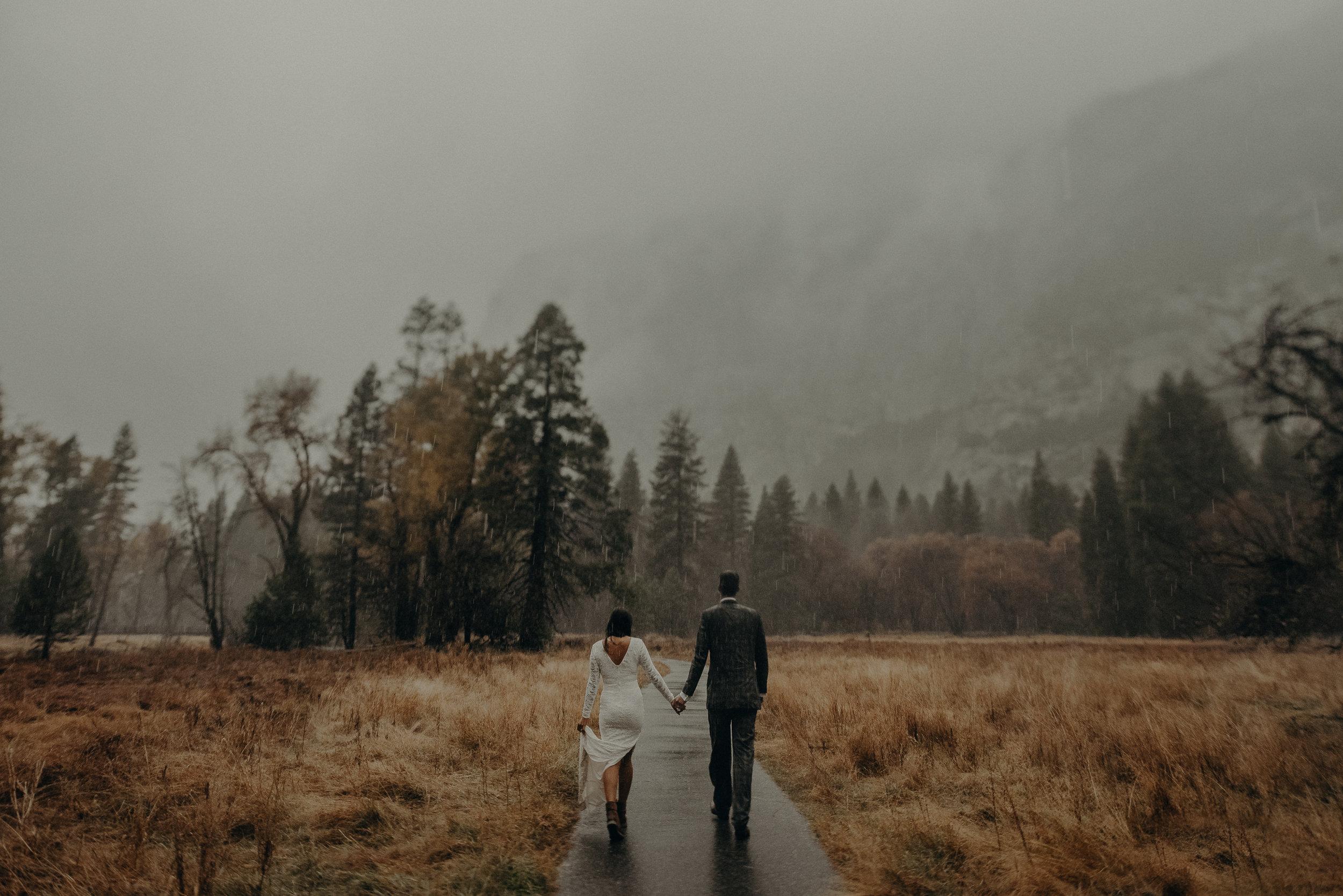Isaiah + Taylor Photography - Yosemite Elopement - Los Angeles Wedding Photographer-73.jpg