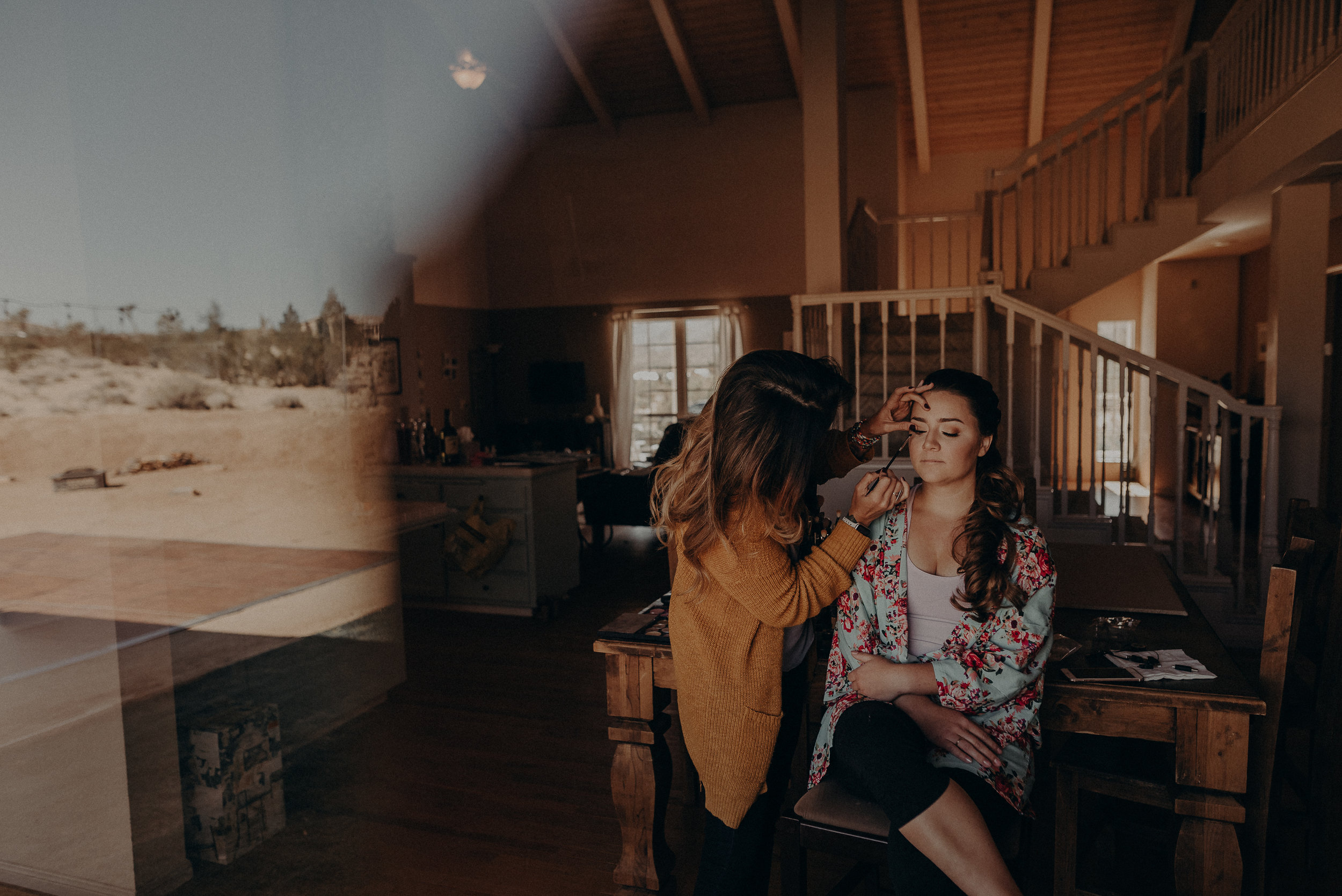 ©Isaiah + Taylor Photography - Joshua Tree Wedding Elopement-009.jpg