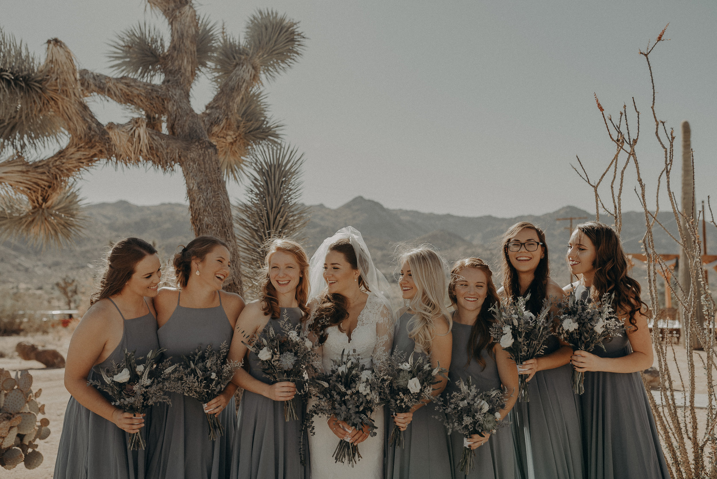 ©Isaiah + Taylor Photography - Joshua Tree Wedding Elopement-042.jpg