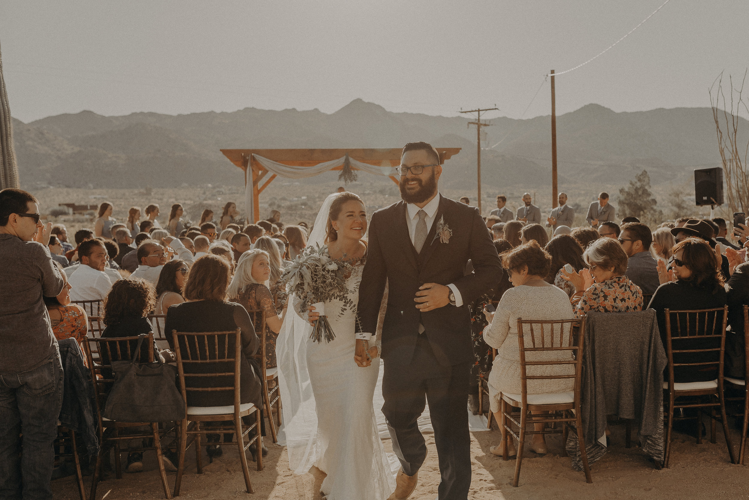 ©Isaiah + Taylor Photography - Joshua Tree Wedding Elopement-062.jpg