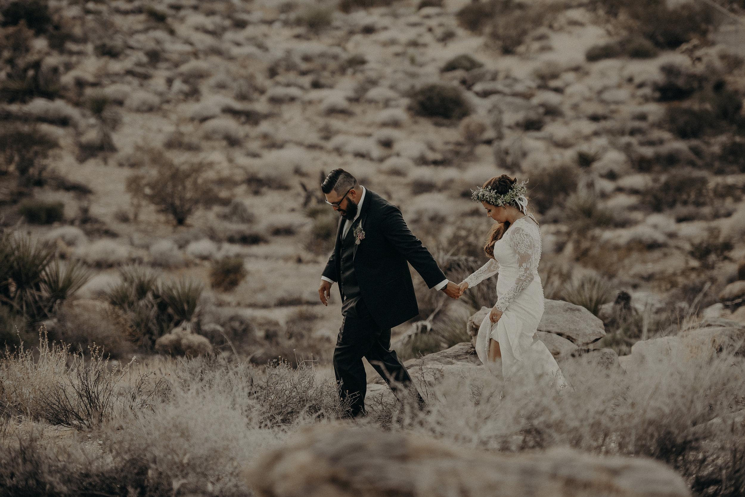 ©Isaiah + Taylor Photography - Joshua Tree Wedding Elopement-100.jpg
