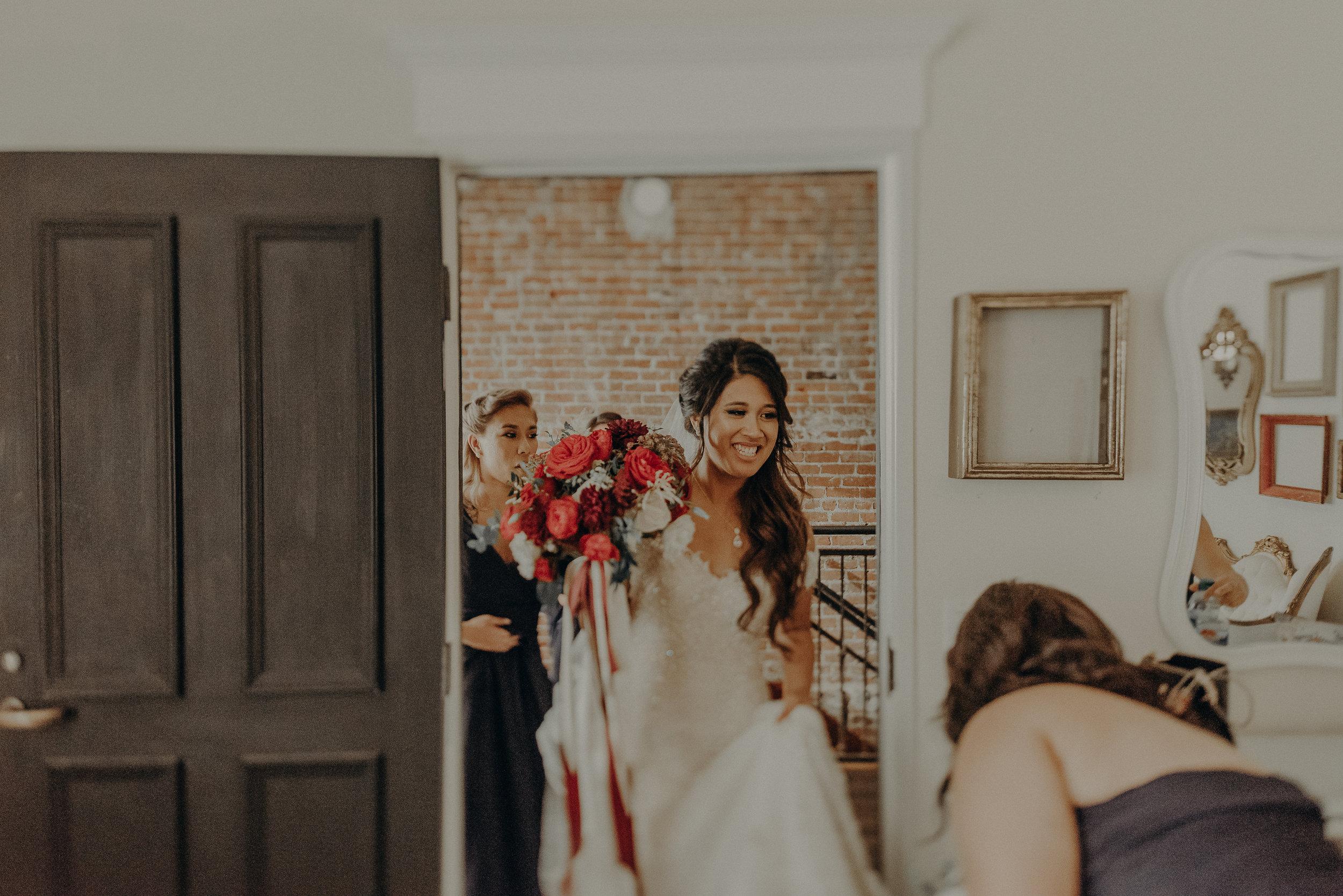 ©Isaiah + Taylor Photography - the Loft on Pine Wedding, Long Beach Wedding Photographer-016.jpg