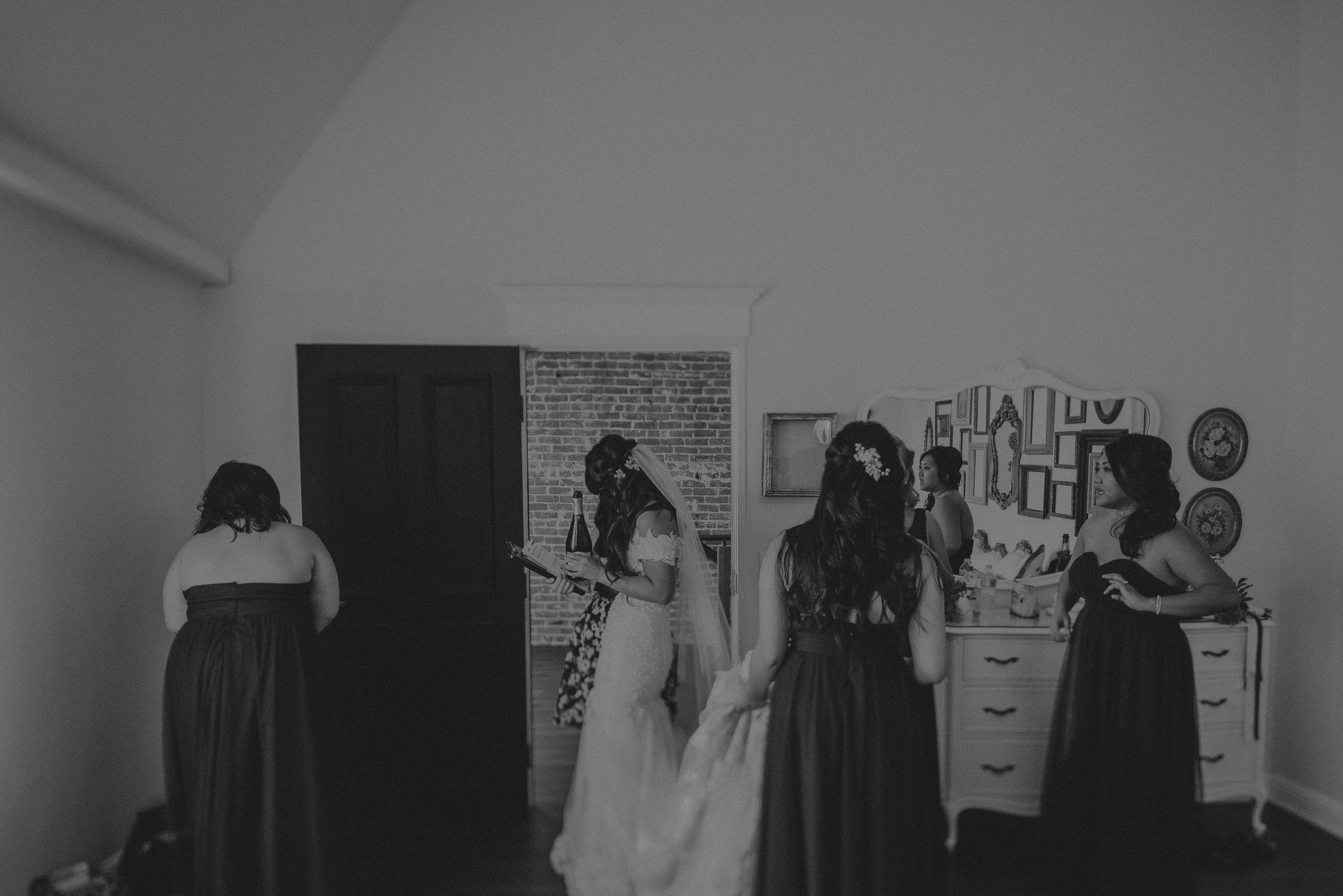 ©Isaiah + Taylor Photography - the Loft on Pine Wedding, Long Beach Wedding Photographer-017.jpg