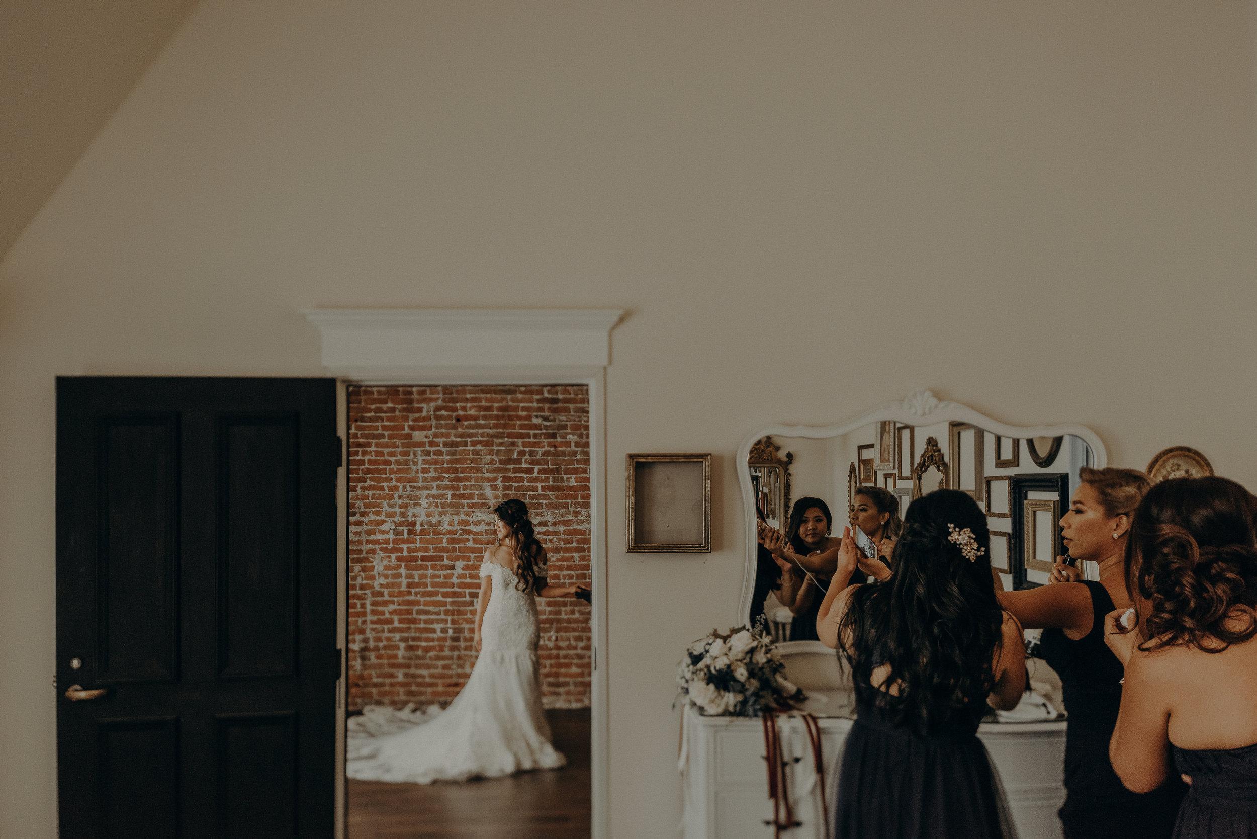 ©Isaiah + Taylor Photography - the Loft on Pine Wedding, Long Beach Wedding Photographer-020.jpg