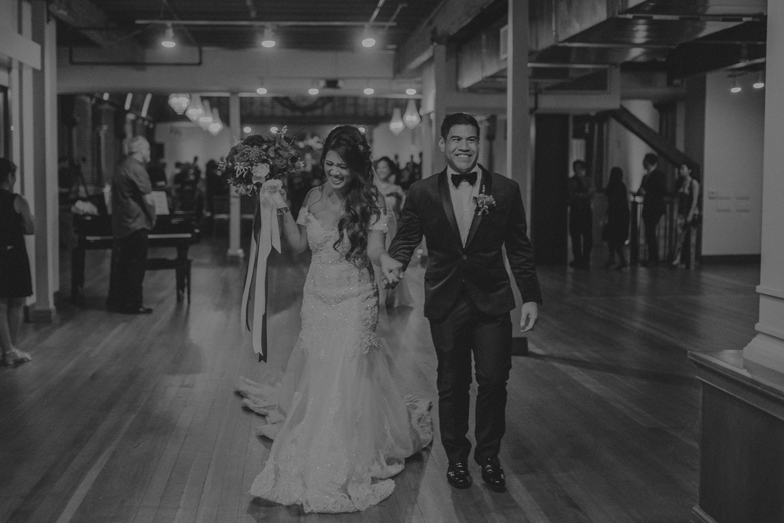 ©Isaiah + Taylor Photography - the Loft on Pine Wedding, Long Beach Wedding Photographer-058.jpg