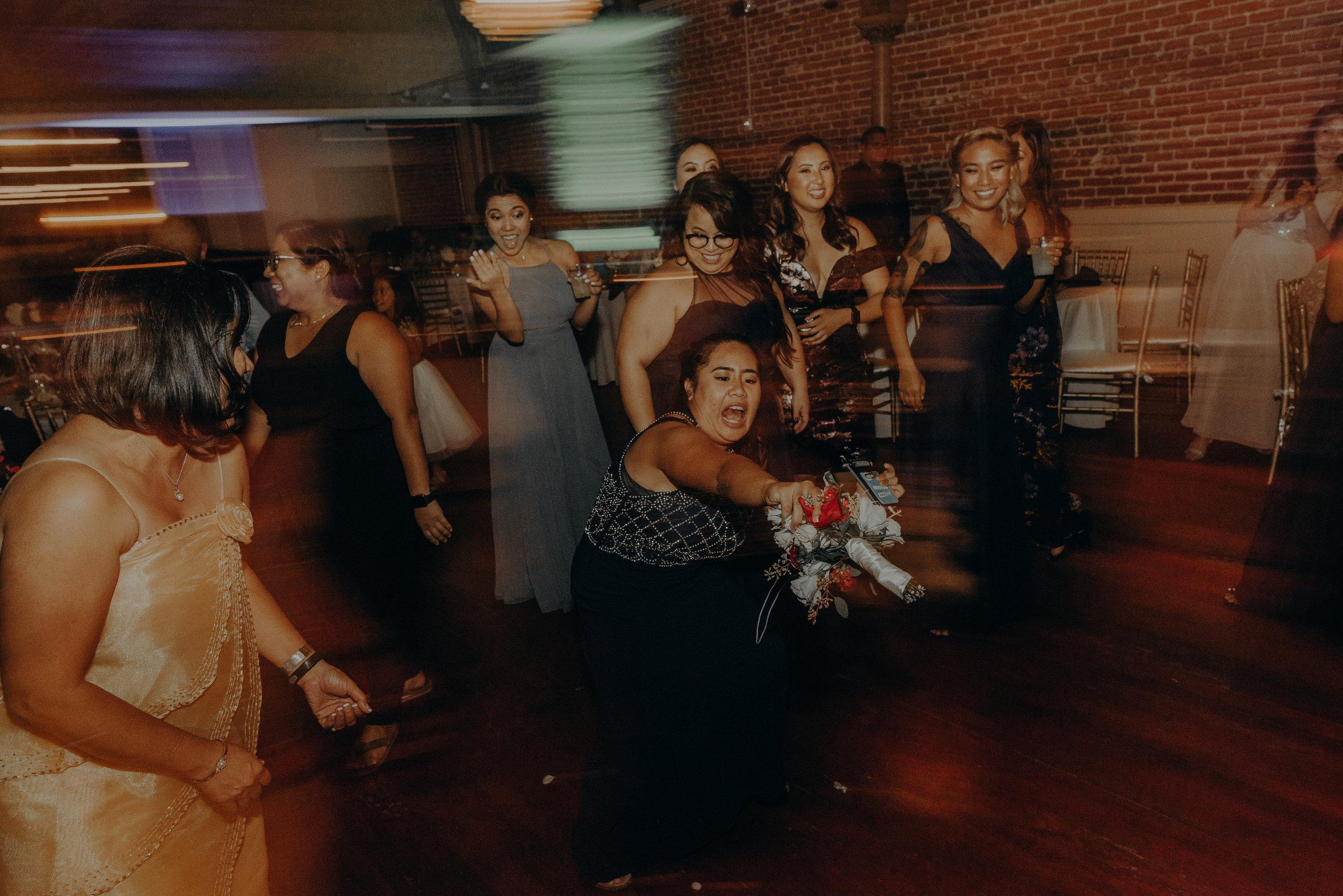 ©Isaiah + Taylor Photography - the Loft on Pine Wedding, Long Beach Wedding Photographer-083.jpg