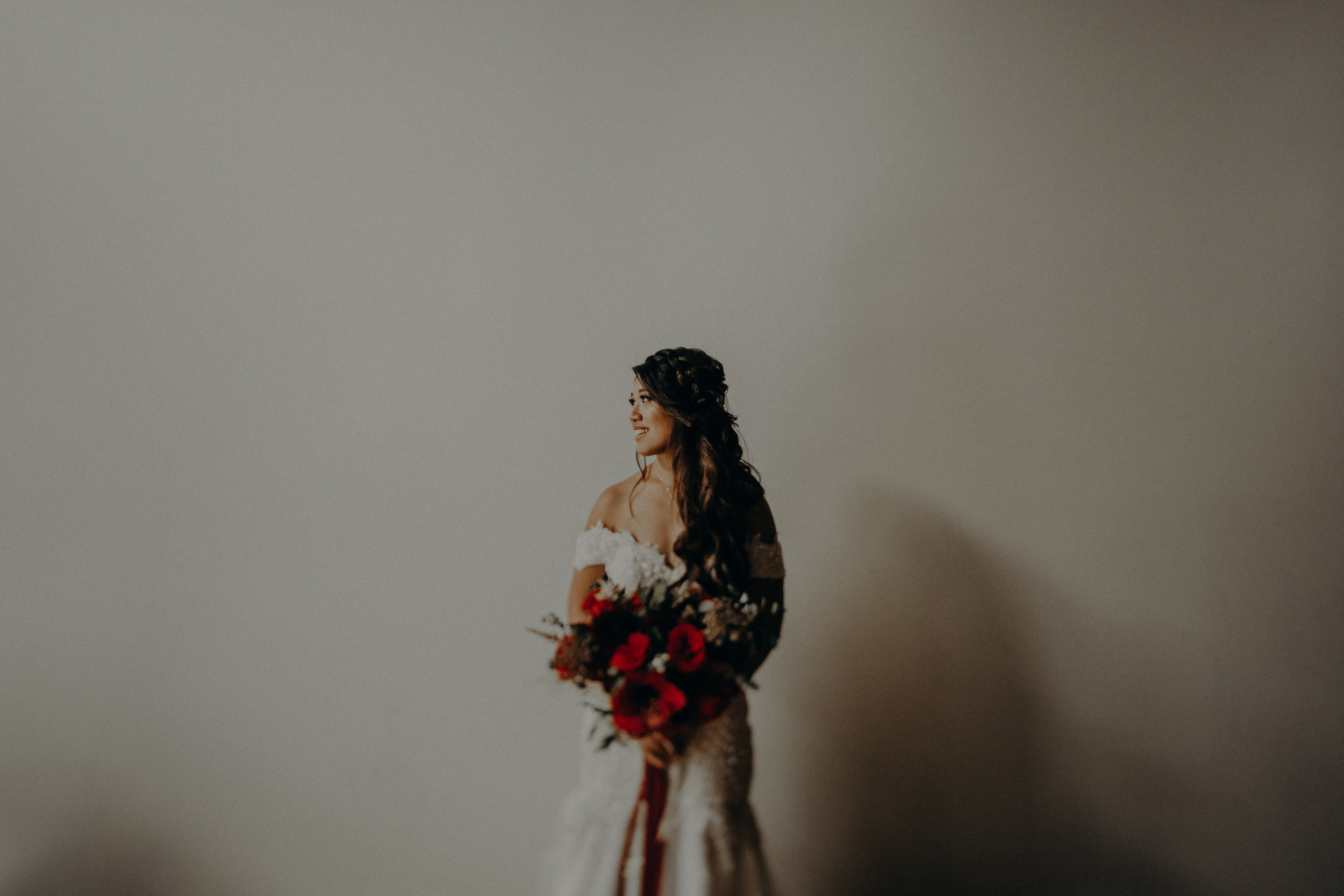 ©Isaiah + Taylor Photography - the Loft on Pine Wedding, Long Beach Wedding Photographer-098.jpg