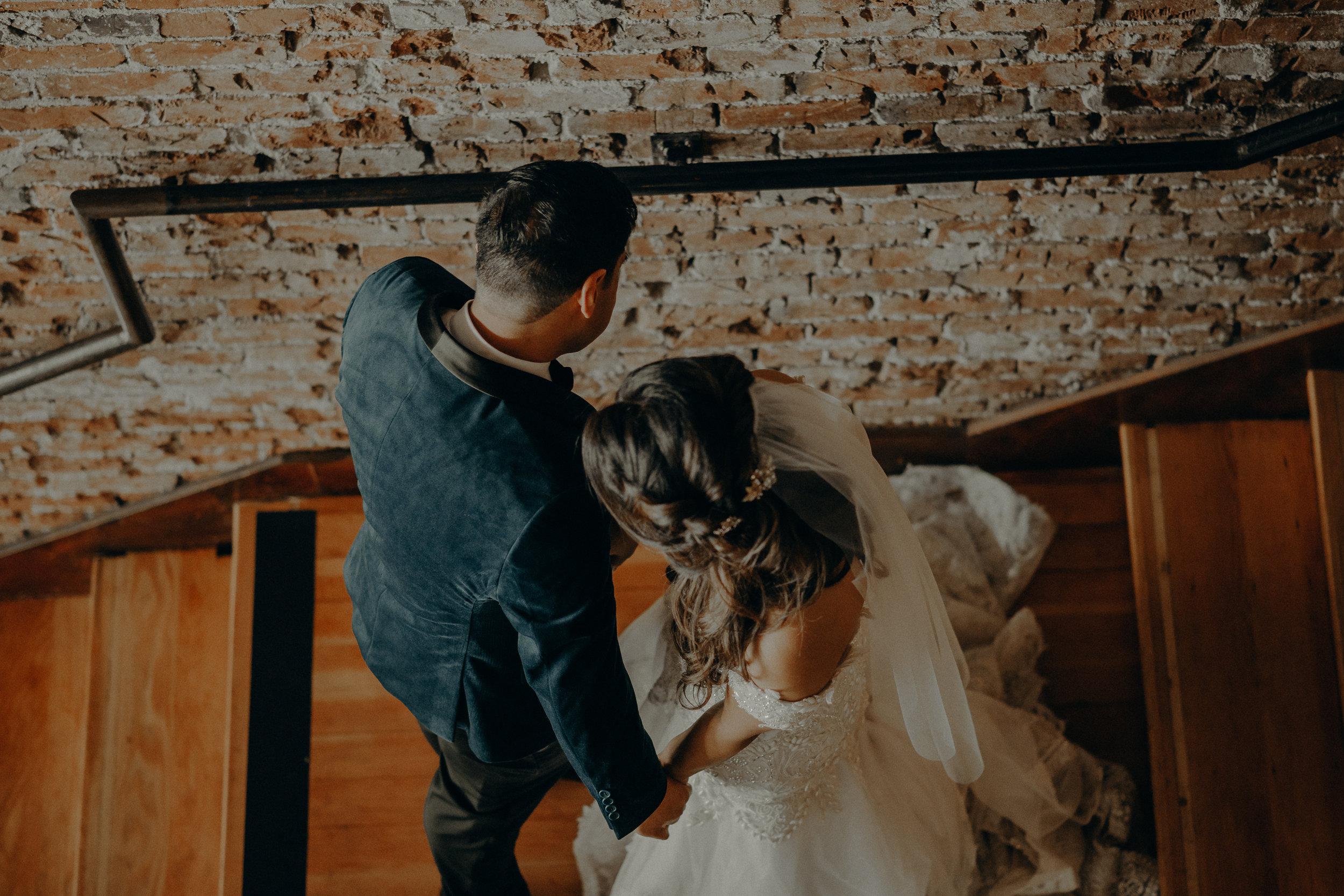 ©Isaiah + Taylor Photography - the Loft on Pine Wedding, Long Beach Wedding Photographer-107.jpg