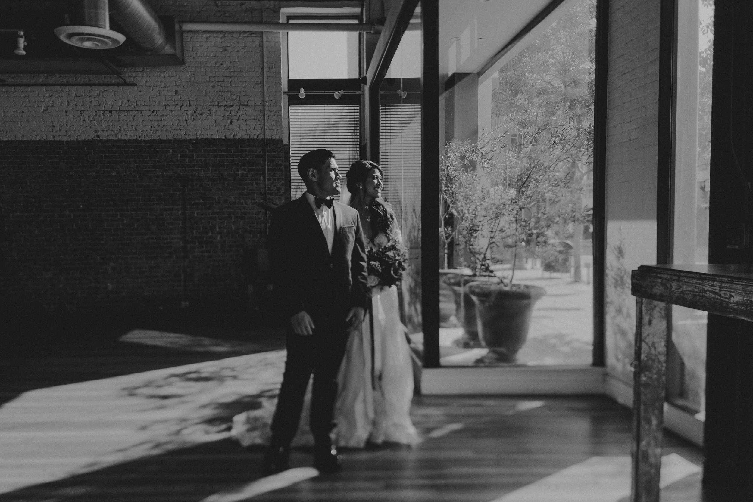 ©Isaiah + Taylor Photography - the Loft on Pine Wedding, Long Beach Wedding Photographer-120.jpg