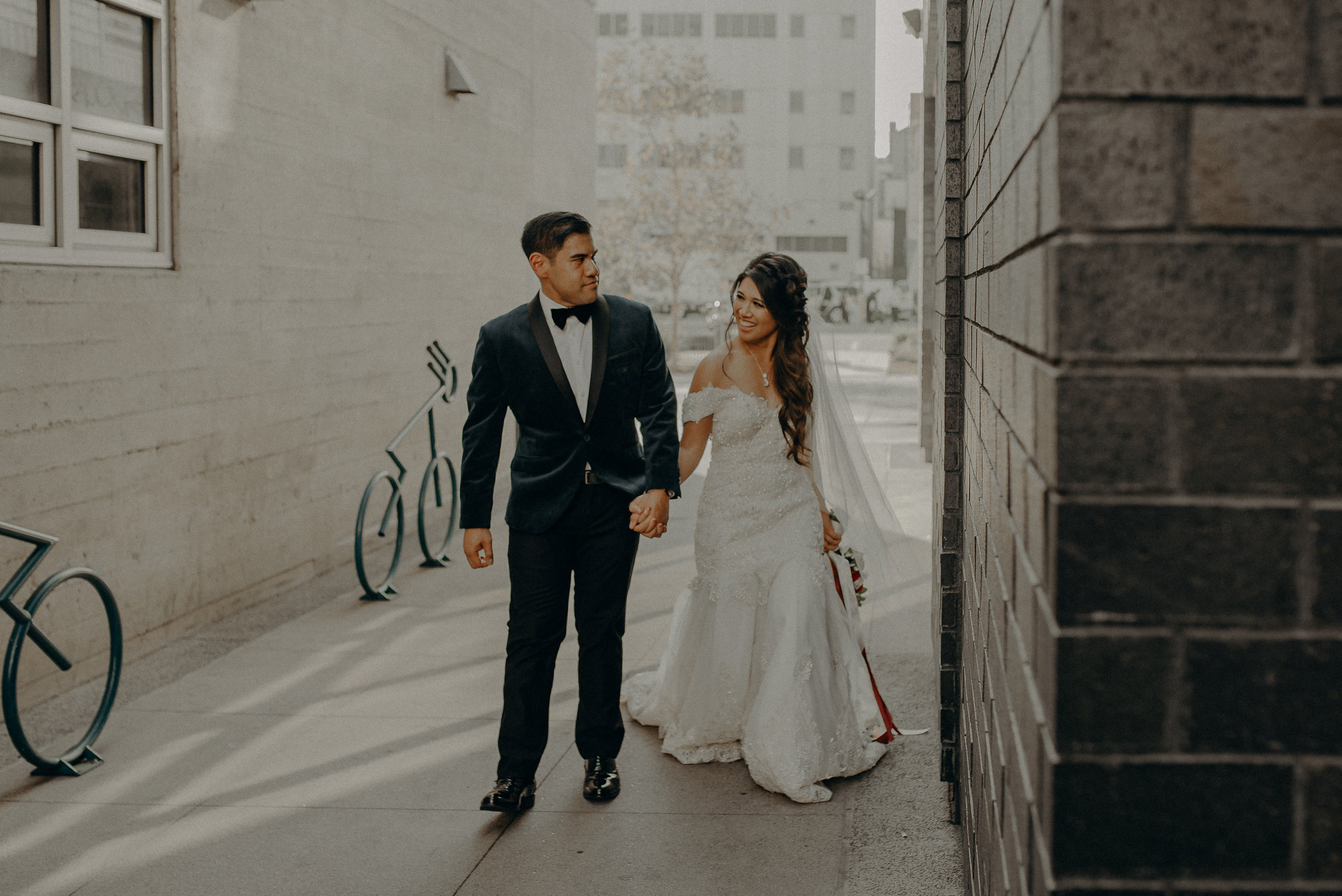©Isaiah + Taylor Photography - the Loft on Pine Wedding, Long Beach Wedding Photographer-127.jpg