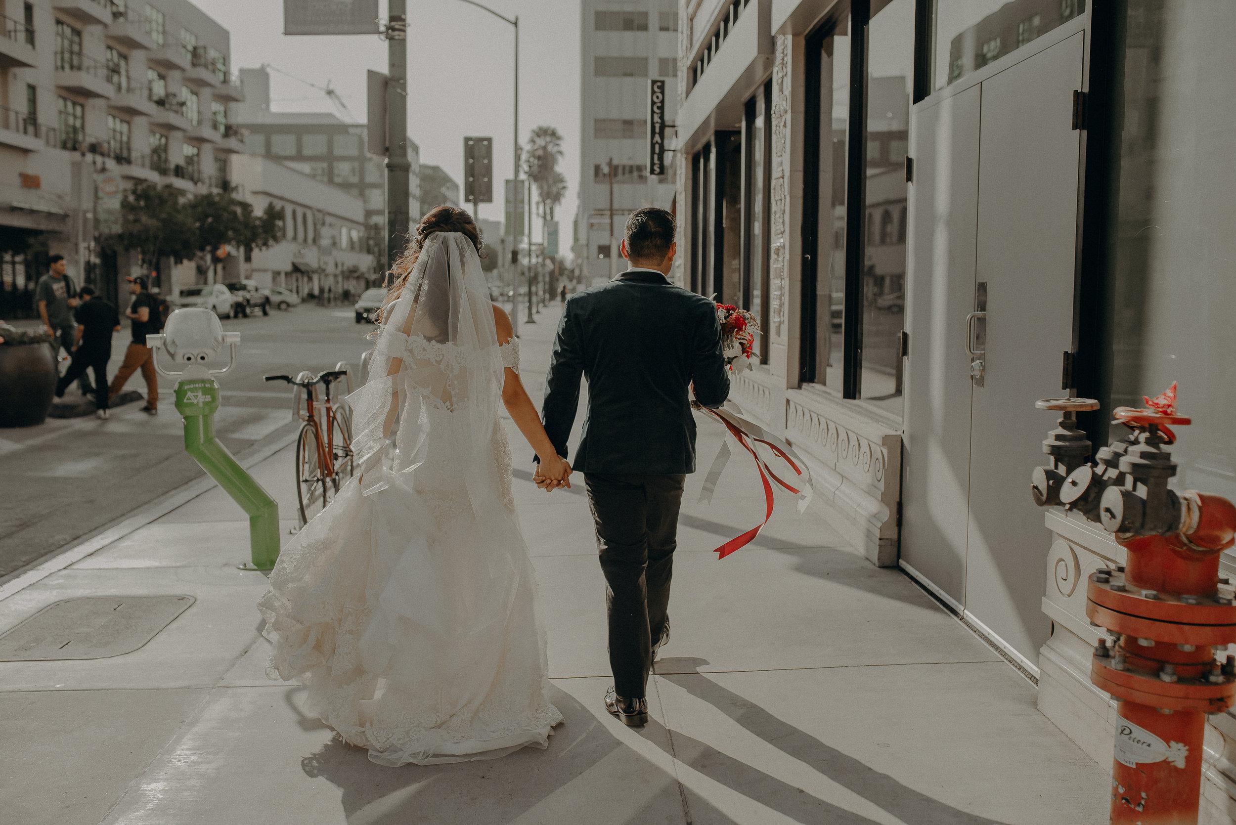 ©Isaiah + Taylor Photography - the Loft on Pine Wedding, Long Beach Wedding Photographer-136.jpg
