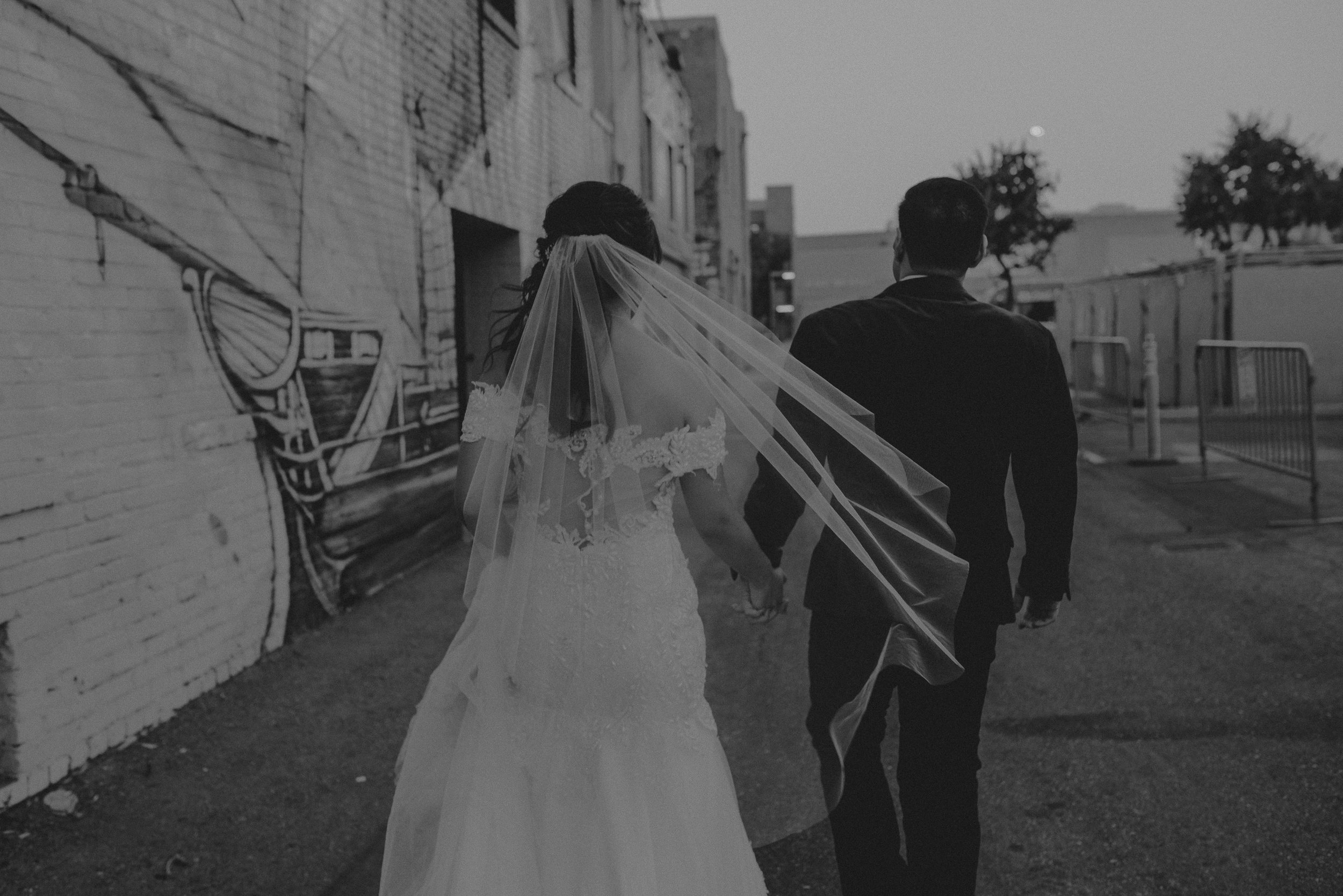 ©Isaiah + Taylor Photography - the Loft on Pine Wedding, Long Beach Wedding Photographer-150.jpg
