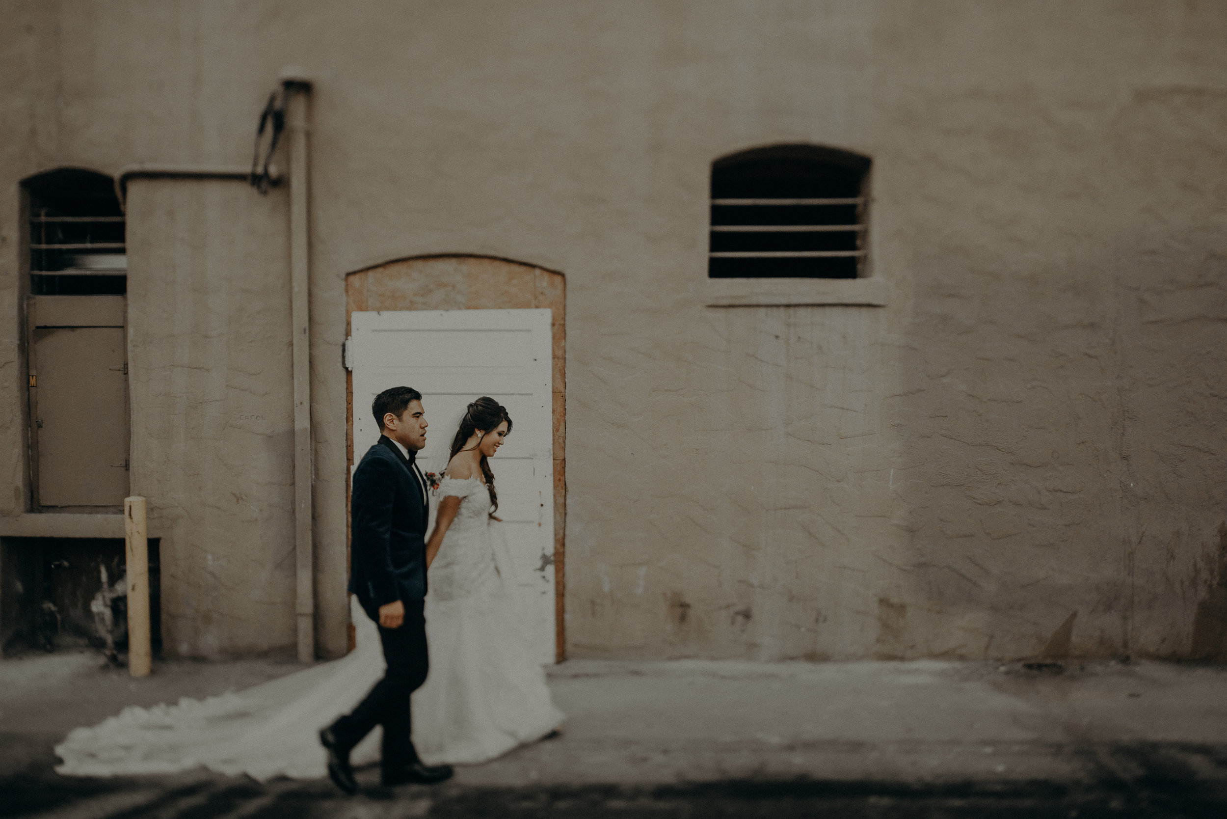 ©Isaiah + Taylor Photography - the Loft on Pine Wedding, Long Beach Wedding Photographer-153.jpg