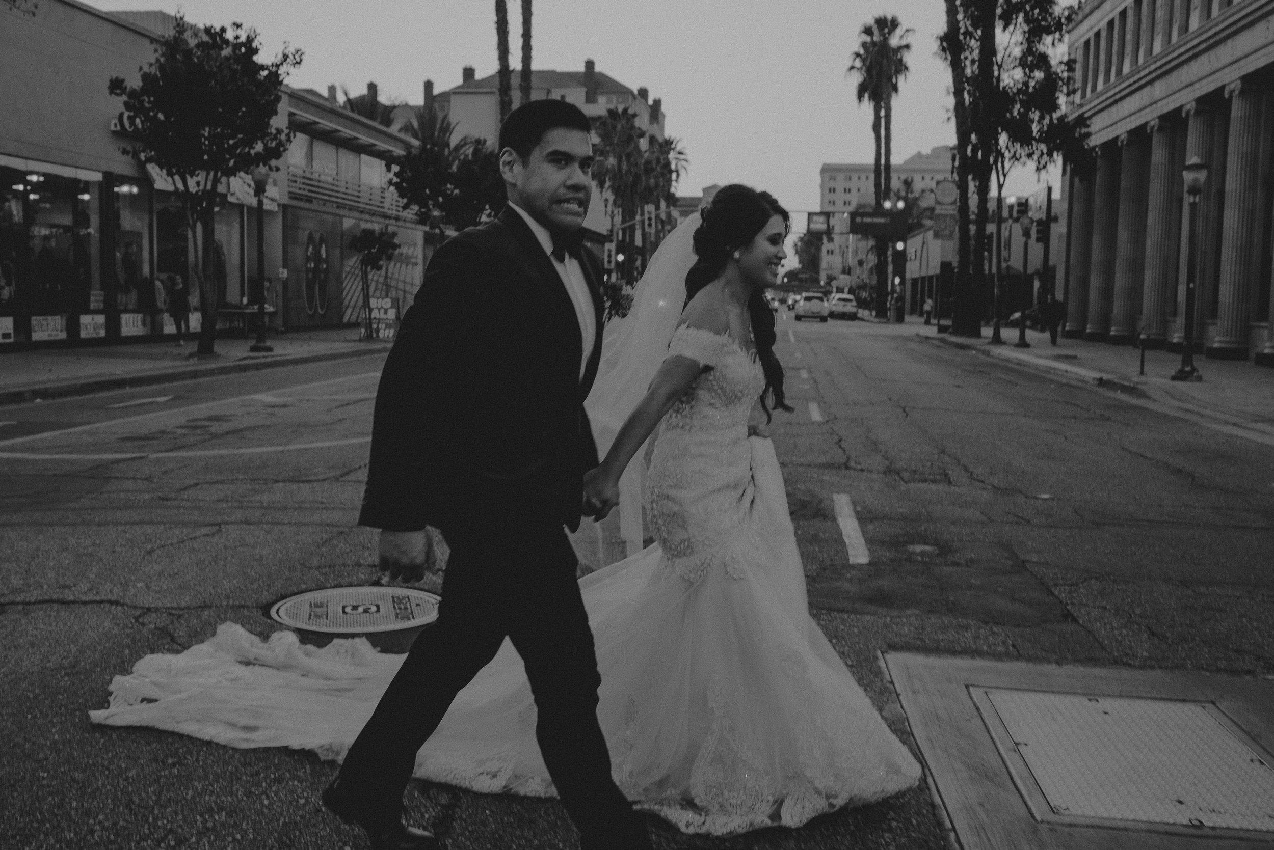 ©Isaiah + Taylor Photography - the Loft on Pine Wedding, Long Beach Wedding Photographer-154.jpg