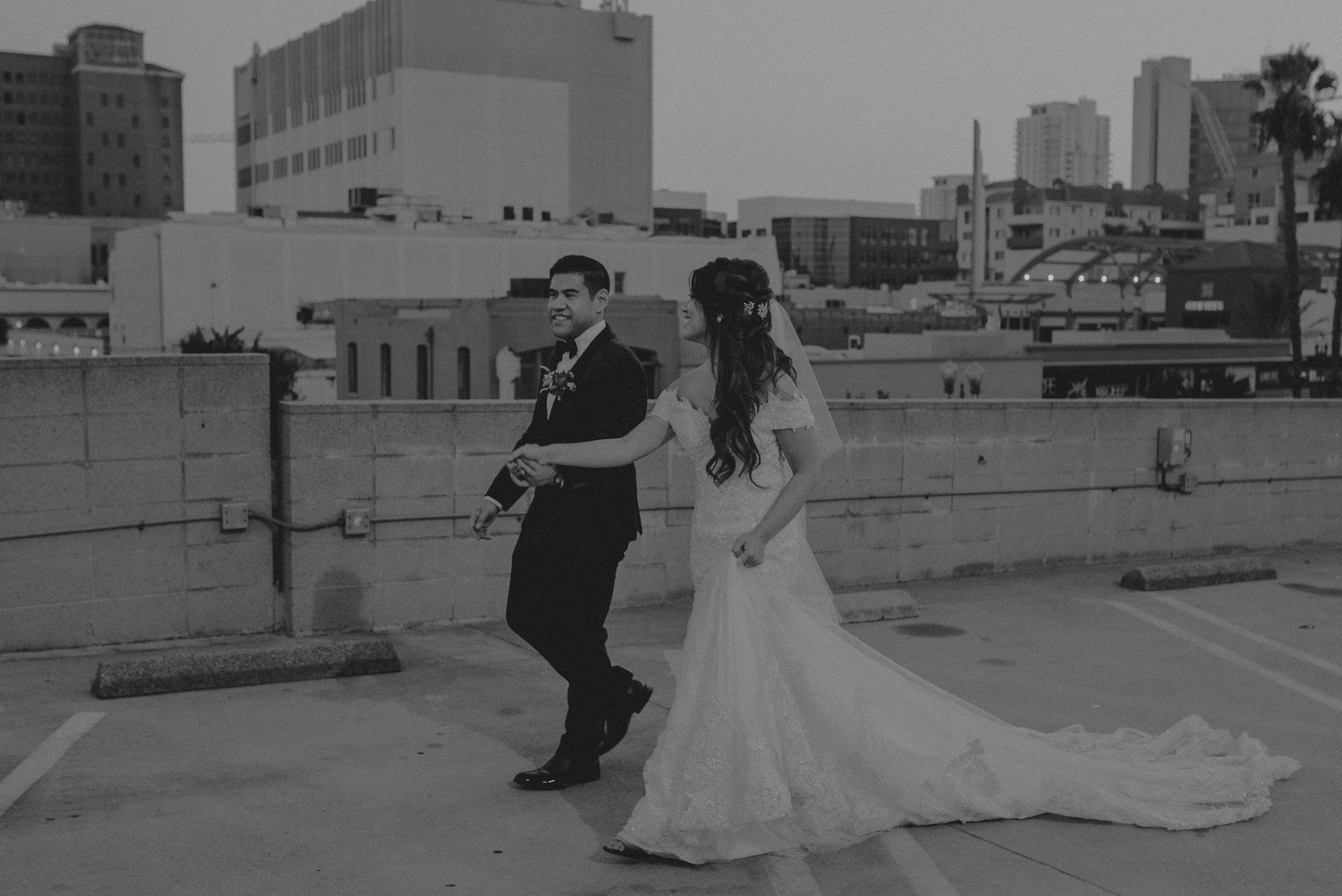 ©Isaiah + Taylor Photography - the Loft on Pine Wedding, Long Beach Wedding Photographer-163.jpg