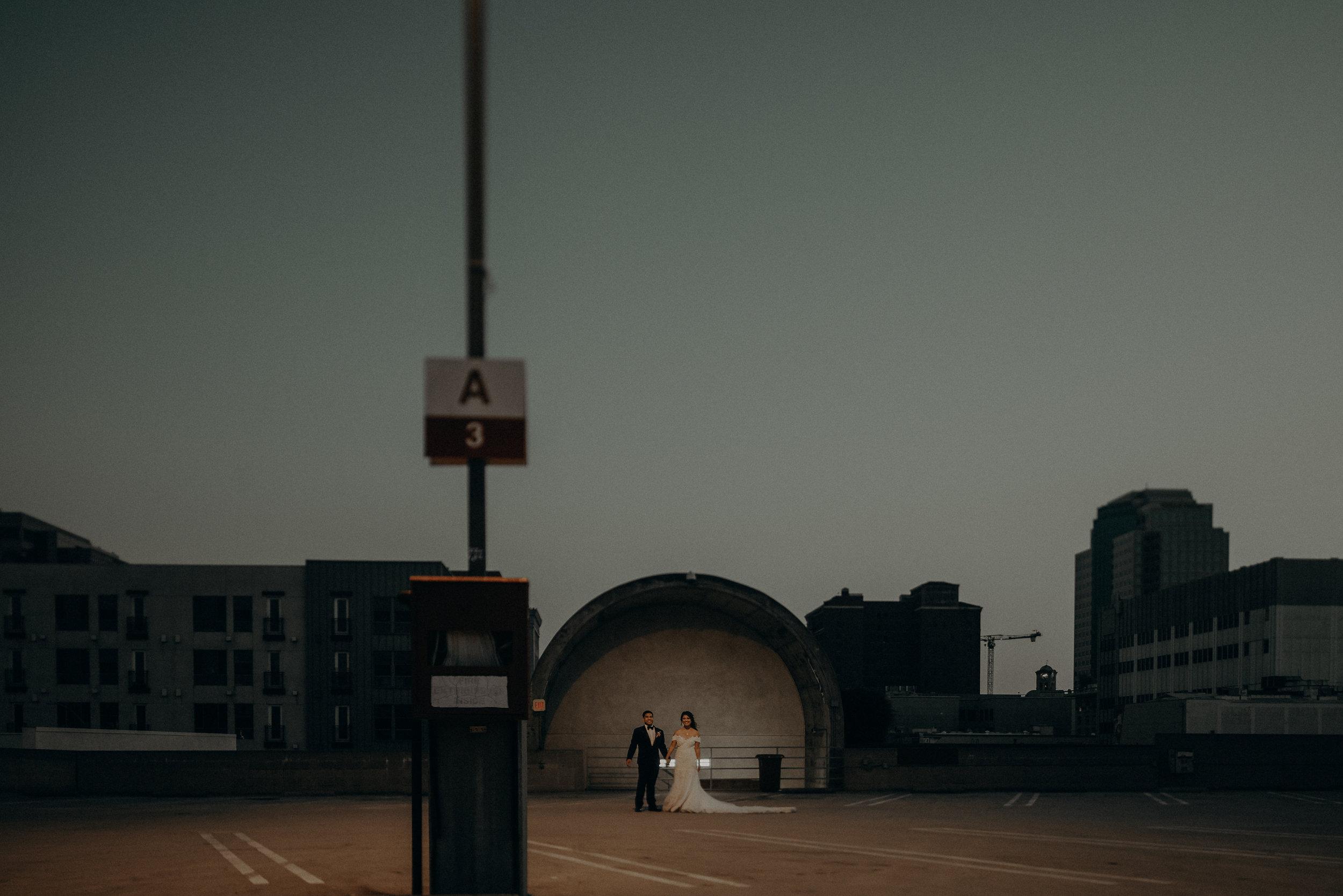 ©Isaiah + Taylor Photography - the Loft on Pine Wedding, Long Beach Wedding Photographer-173-2.jpg