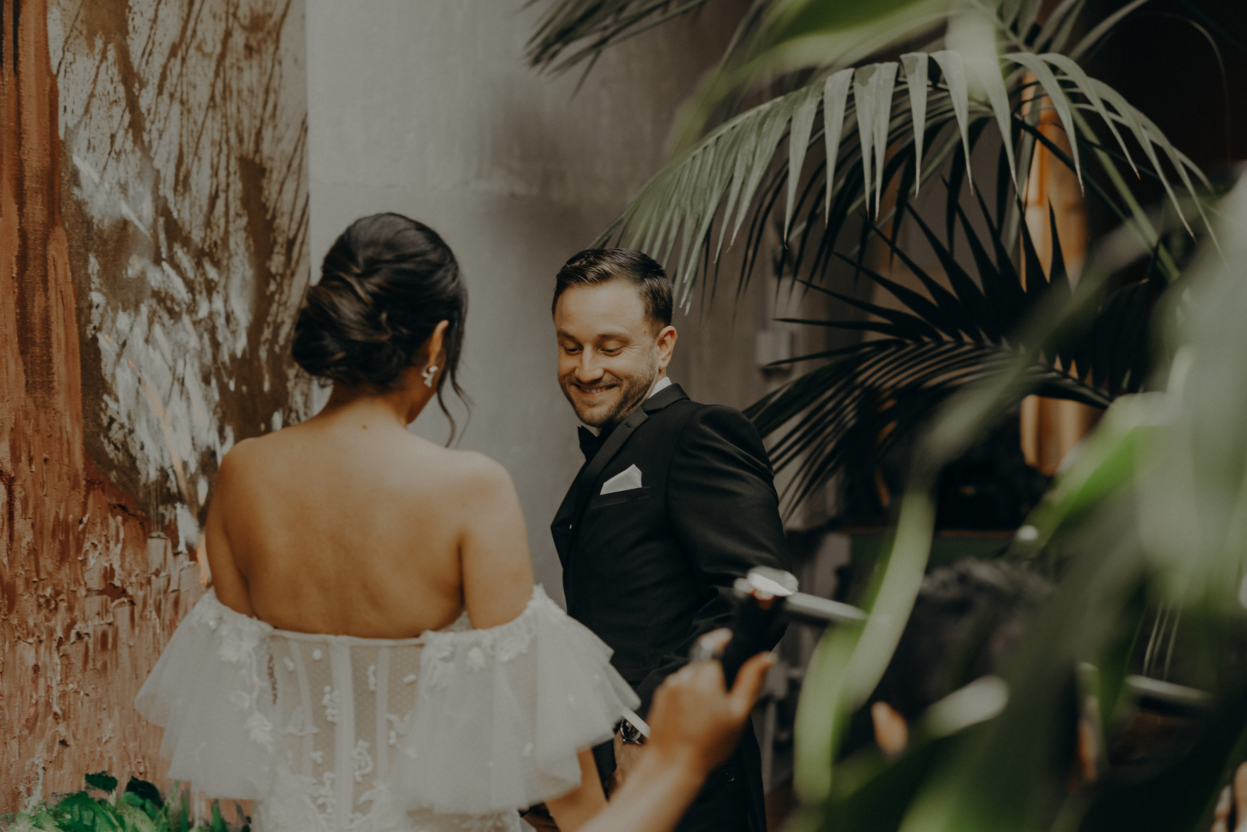 ©Isaiah + Taylor Photography - the Millwick Wedding, Long Beach Wedding Photographer-059.jpg