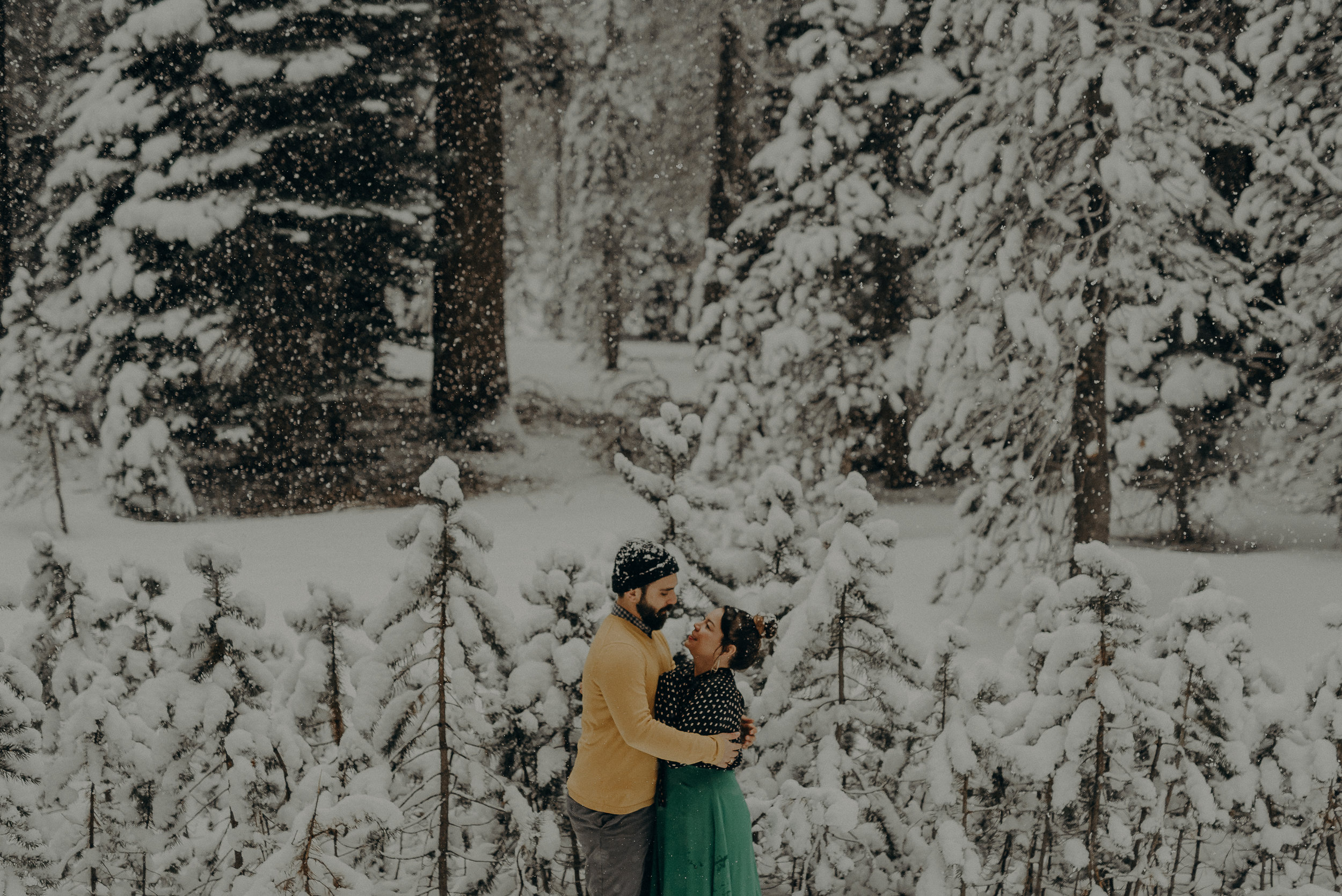 ©Isaiah + Taylor Photography - Los Angeles Wedding Photographer - Snowing engagement session-014.jpg