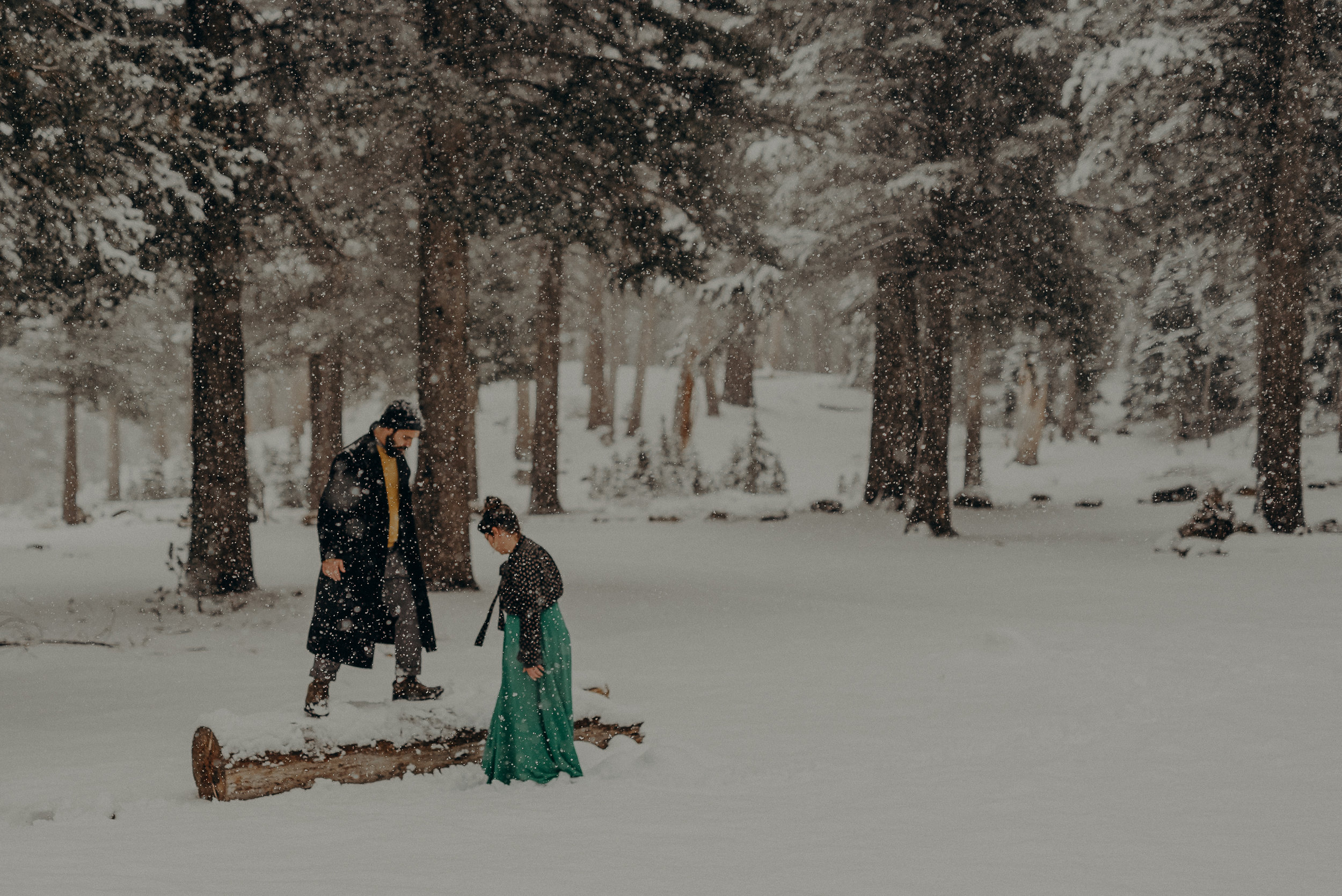 ©Isaiah + Taylor Photography - Los Angeles Wedding Photographer - Snowing engagement session-021.jpg