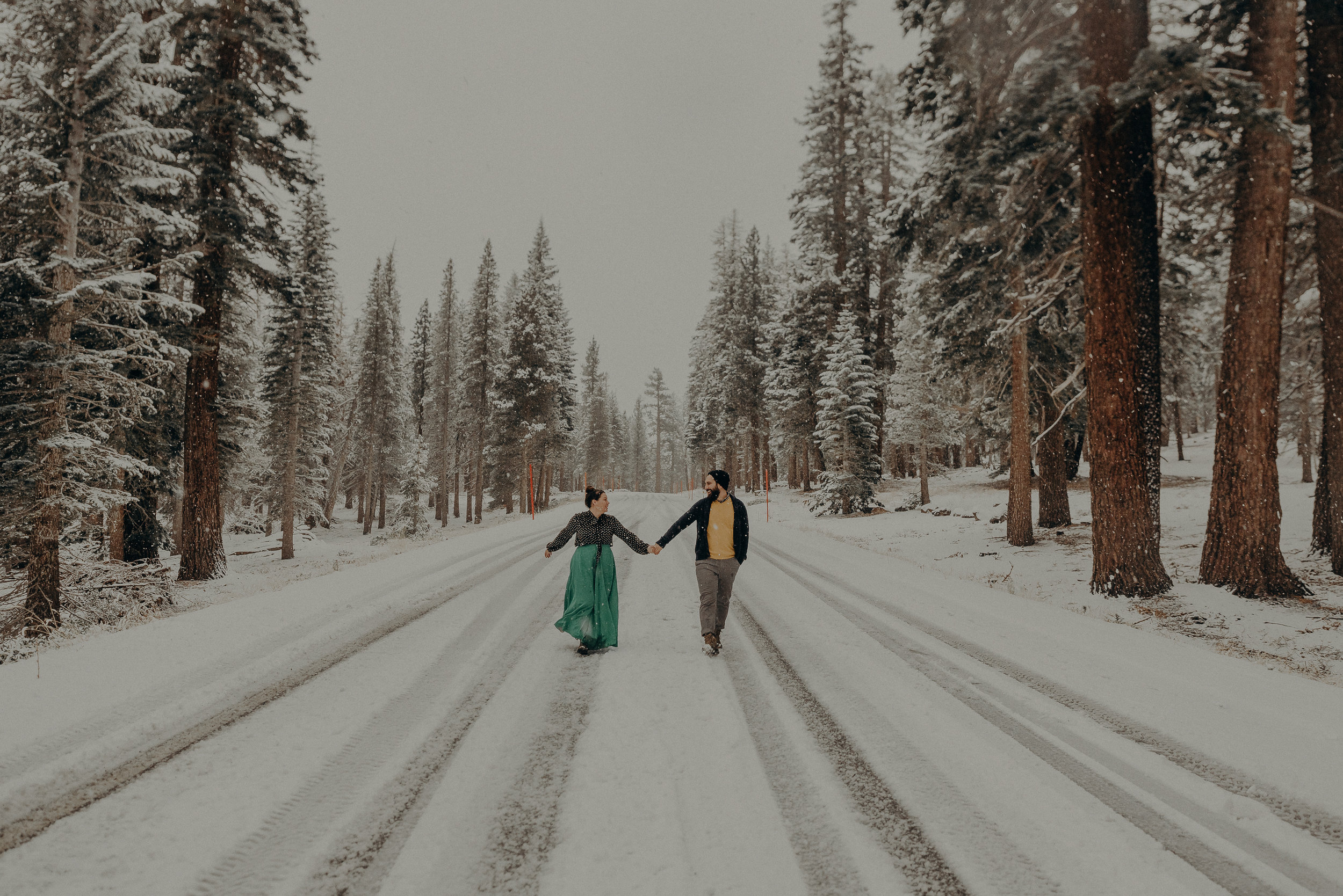 ©Isaiah + Taylor Photography - Los Angeles Wedding Photographer - Snowing engagement session-030.jpg