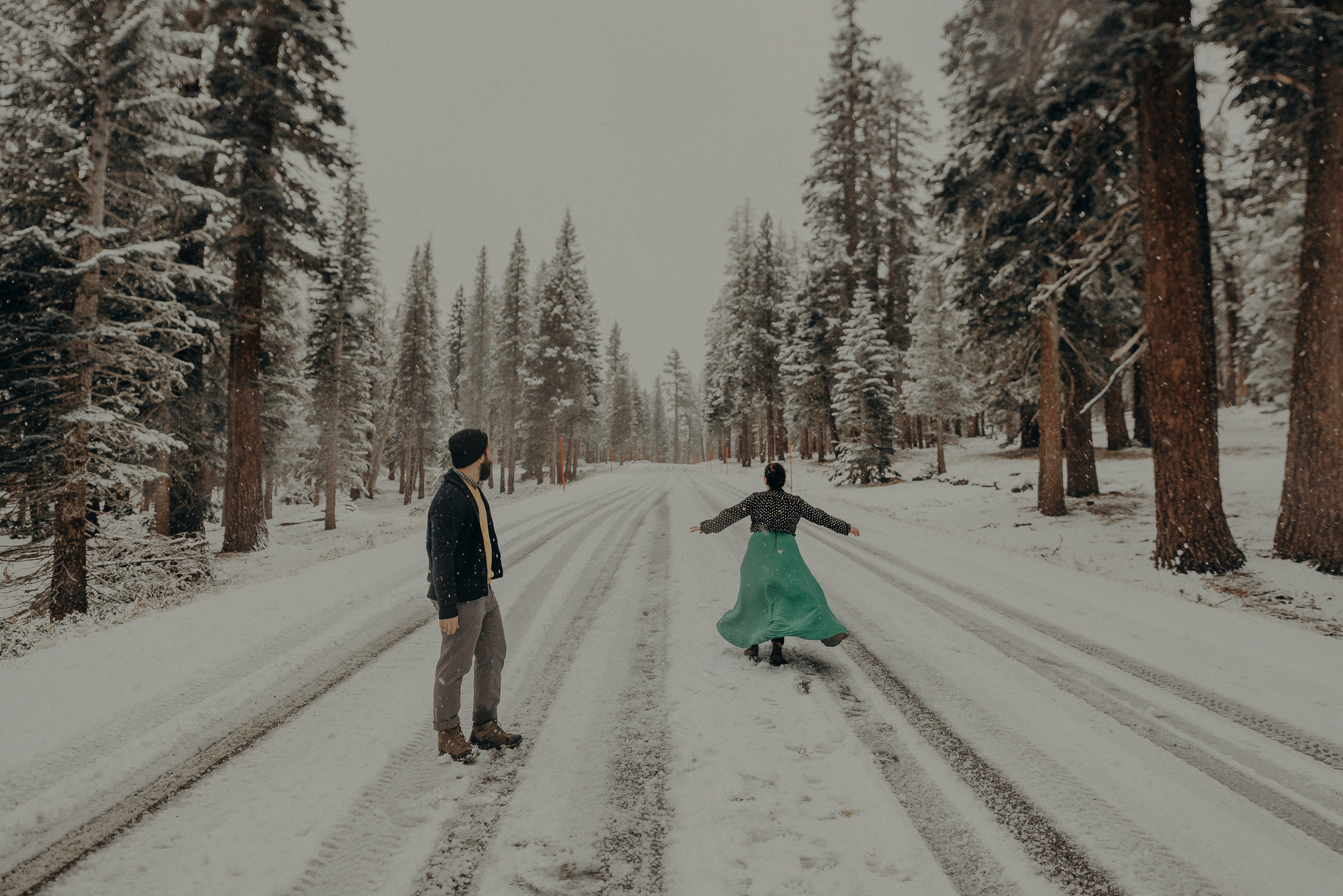 ©Isaiah + Taylor Photography - Los Angeles Wedding Photographer - Snowing engagement session-032.jpg