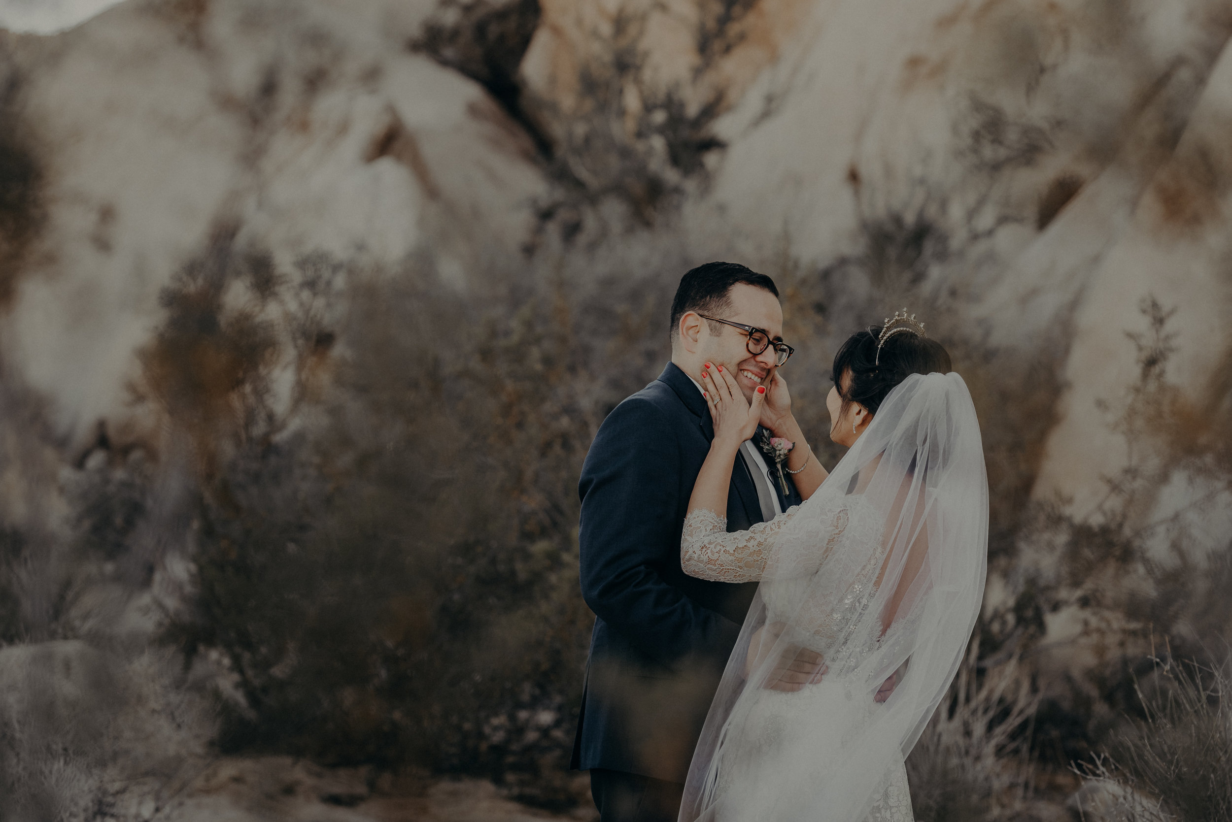 © Isaiah + Taylor Photography - Long Beach Wedding Photographer - Joshua Tree Elopement-059.jpg