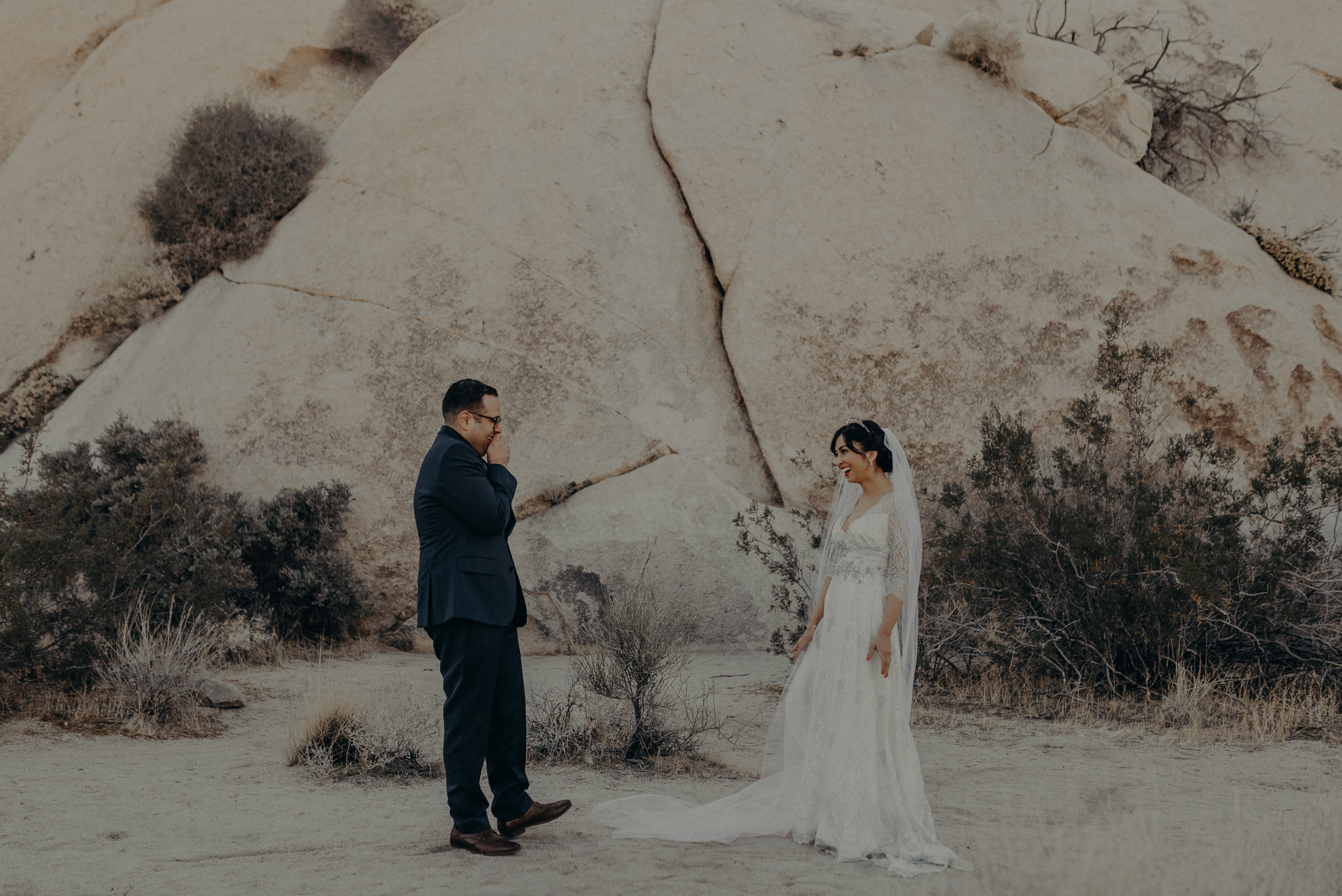 © Isaiah + Taylor Photography - Long Beach Wedding Photographer - Joshua Tree Elopement-058.jpg