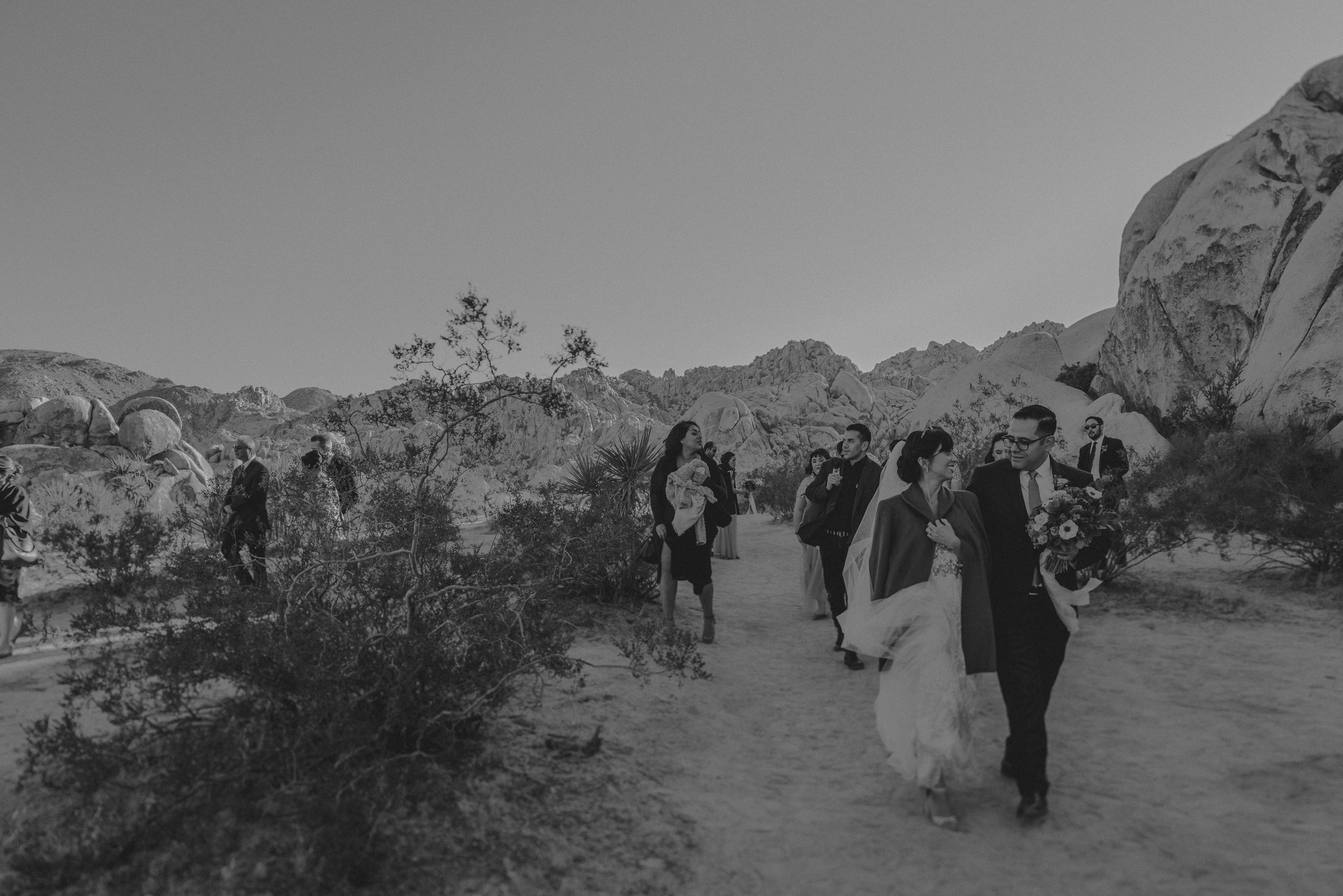 © Isaiah + Taylor Photography - Long Beach Wedding Photographer - Joshua Tree Elopement-068.jpg