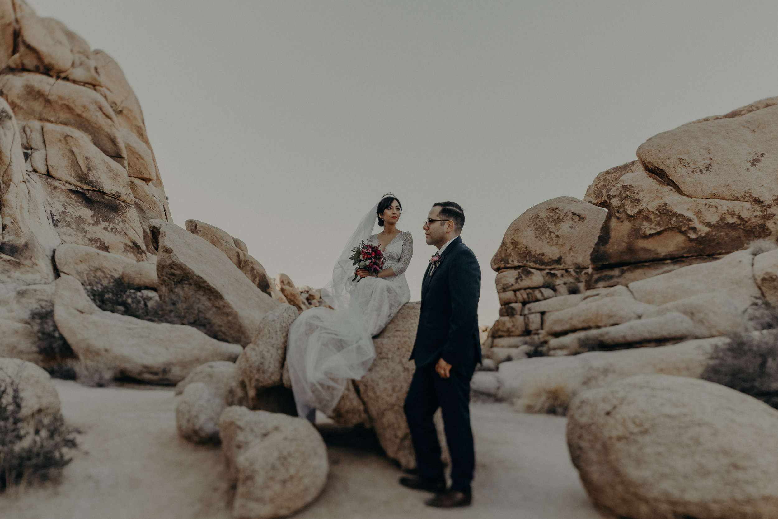 © Isaiah + Taylor Photography - Long Beach Wedding Photographer - Joshua Tree Elopement-115.jpg